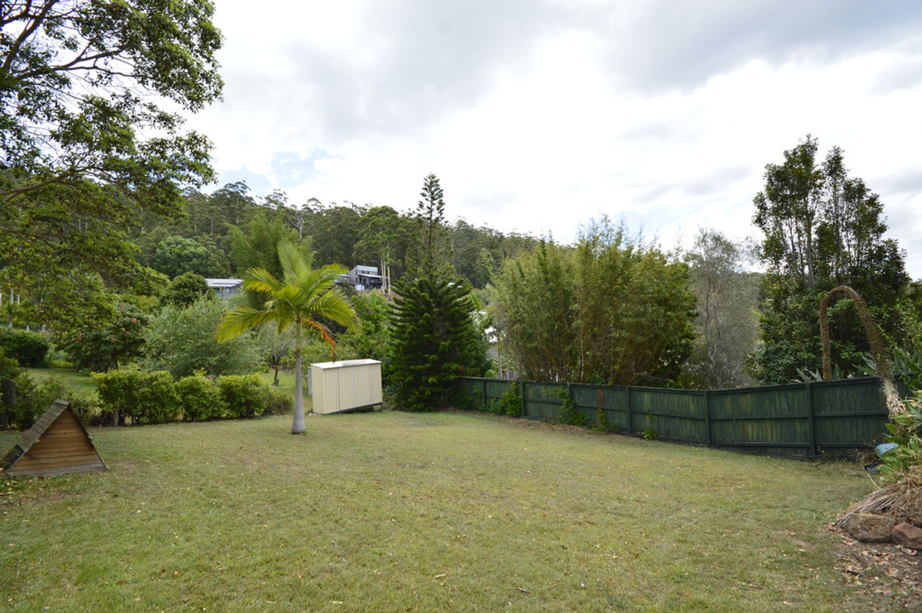 17-19 Flores Court, Tamborine Mountain, QLD 4272