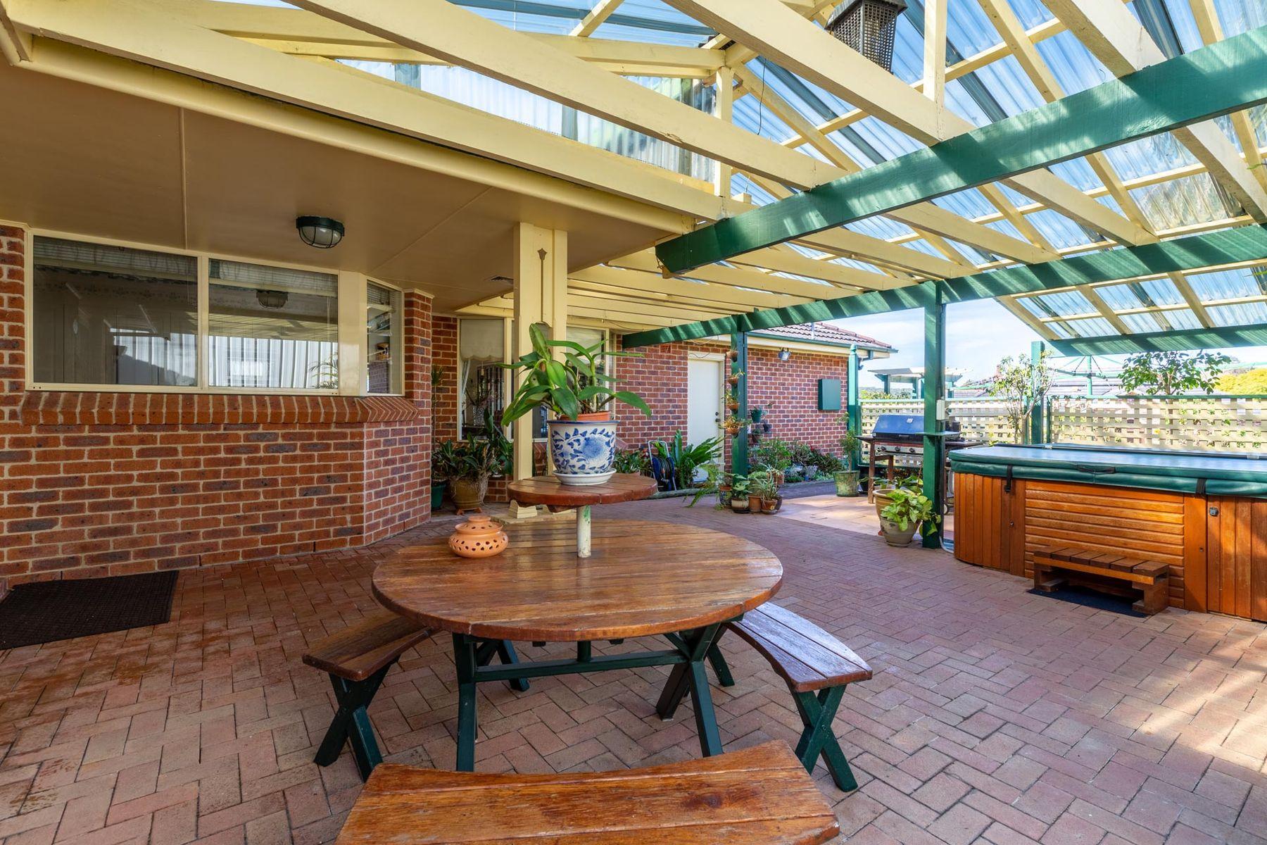 2 Staveley Court, Lakelands, NSW 2282