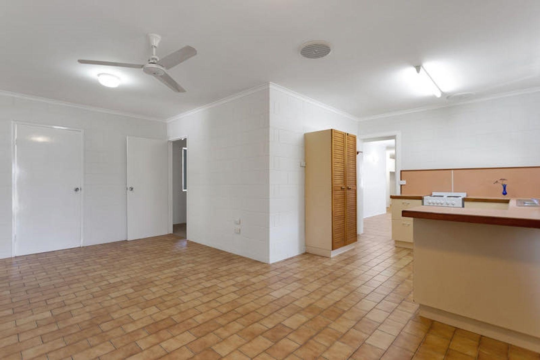 10 Jarman Court, Seaforth, QLD 4741