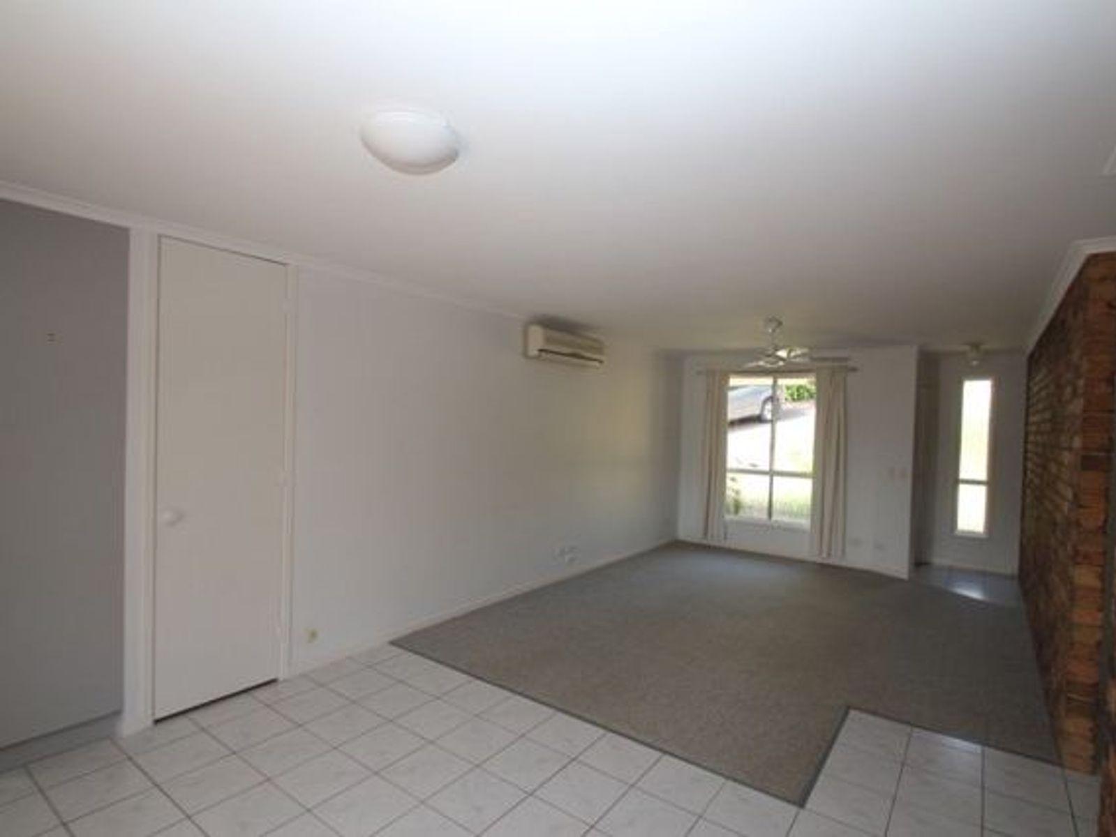 1/5 Glenbrook Drive, Nambour, QLD 4560