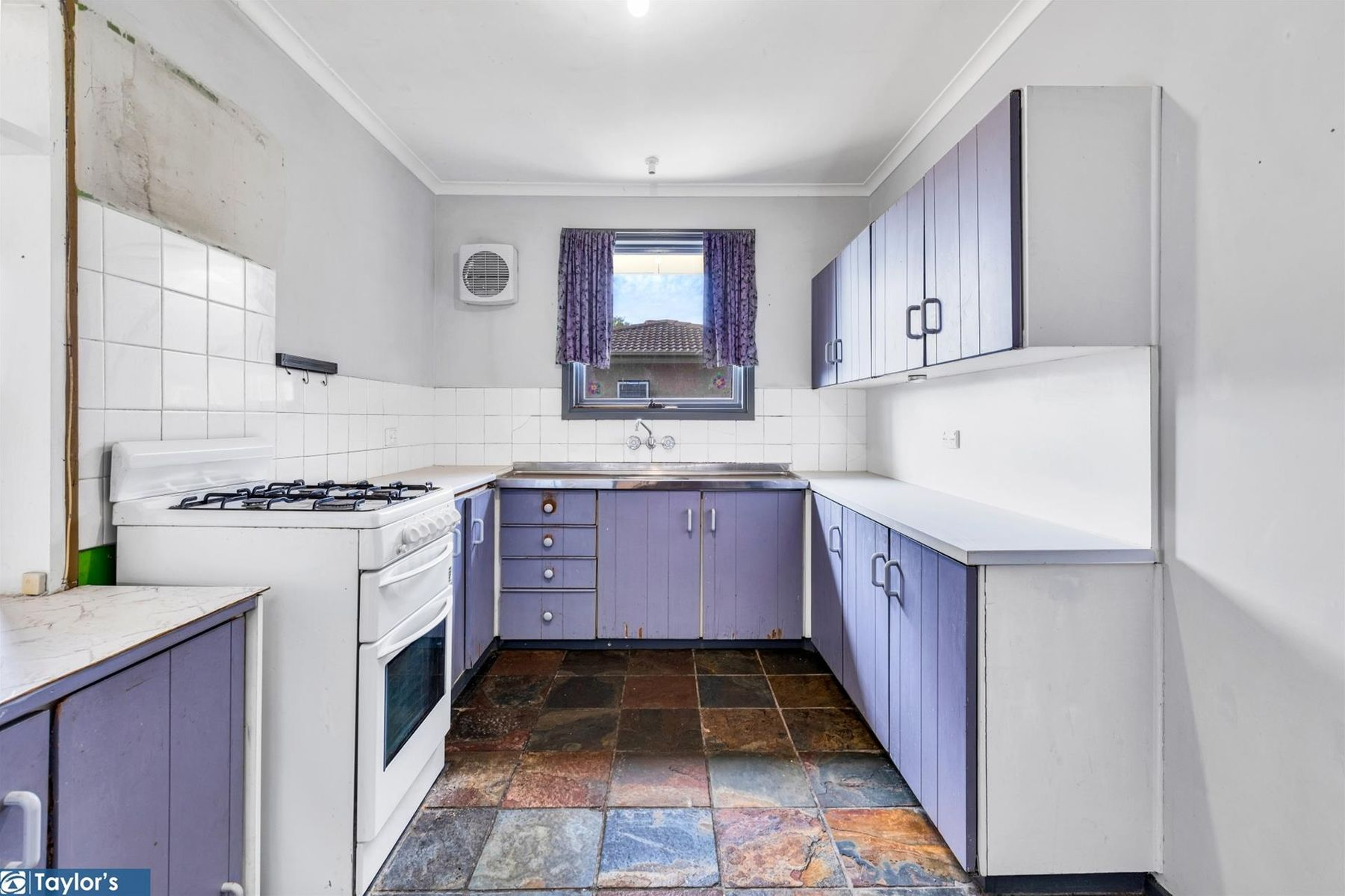 25 Mostyn Crescent, Salisbury East, SA 5109