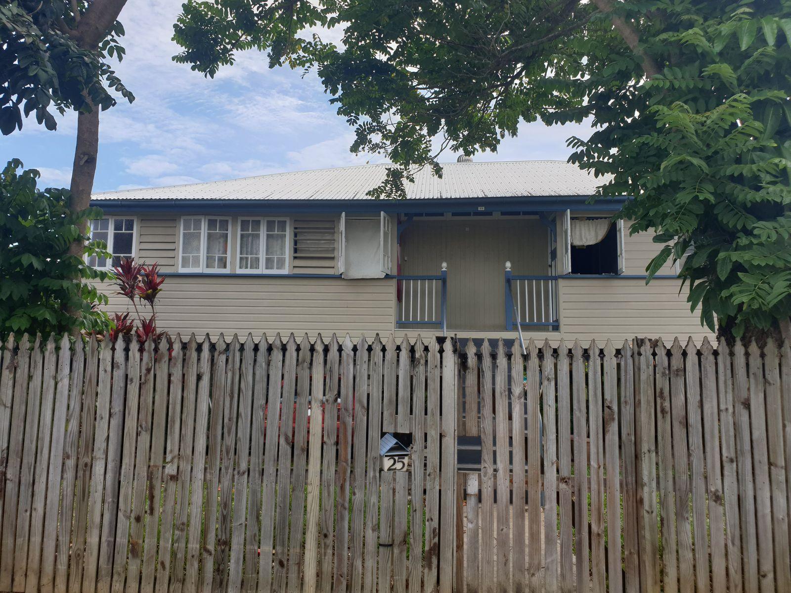 25 CHARLES STREET, Innisfail, QLD 4860