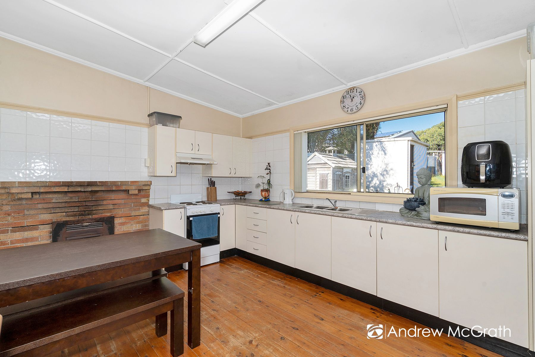 305 Old Pacific Highway, Swansea, NSW 2281