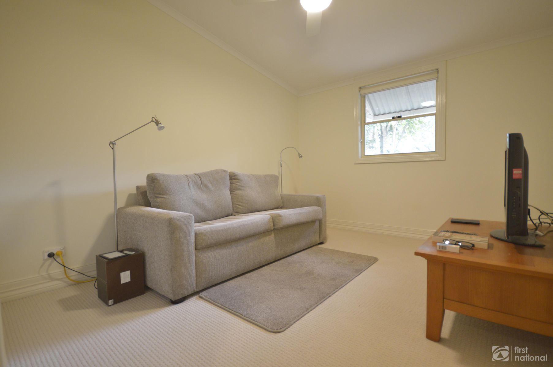 1 Bartle Road, Tamborine Mountain, QLD 4272