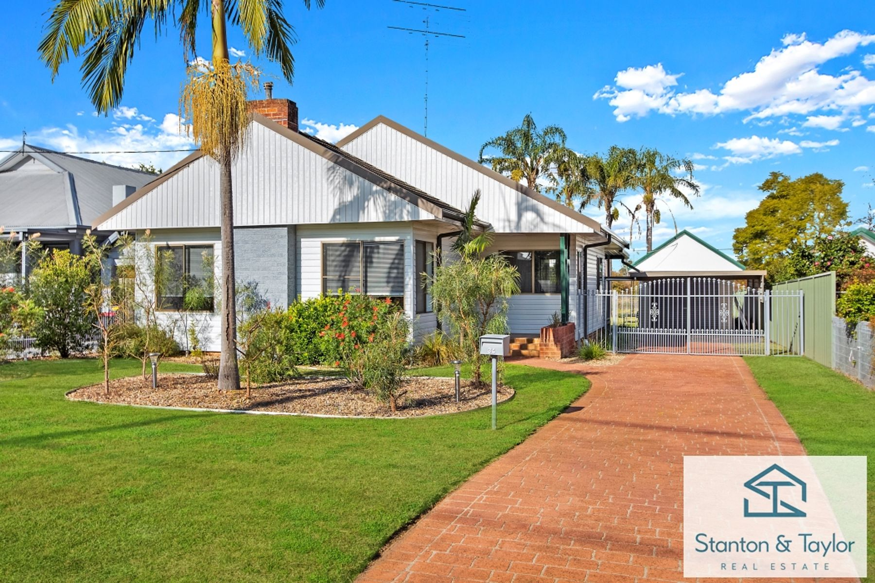 34 Ladbury Avenue, Penrith, NSW 2750