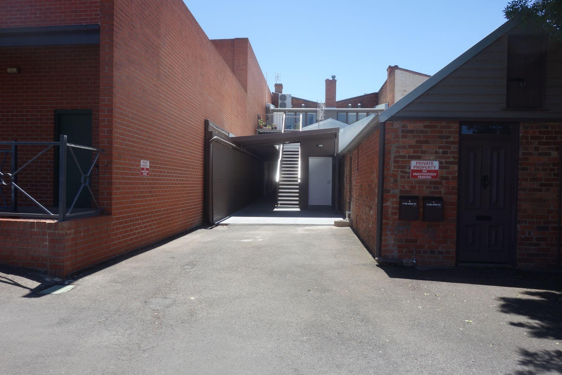 196-198 High Street, Maryborough, VIC 3465