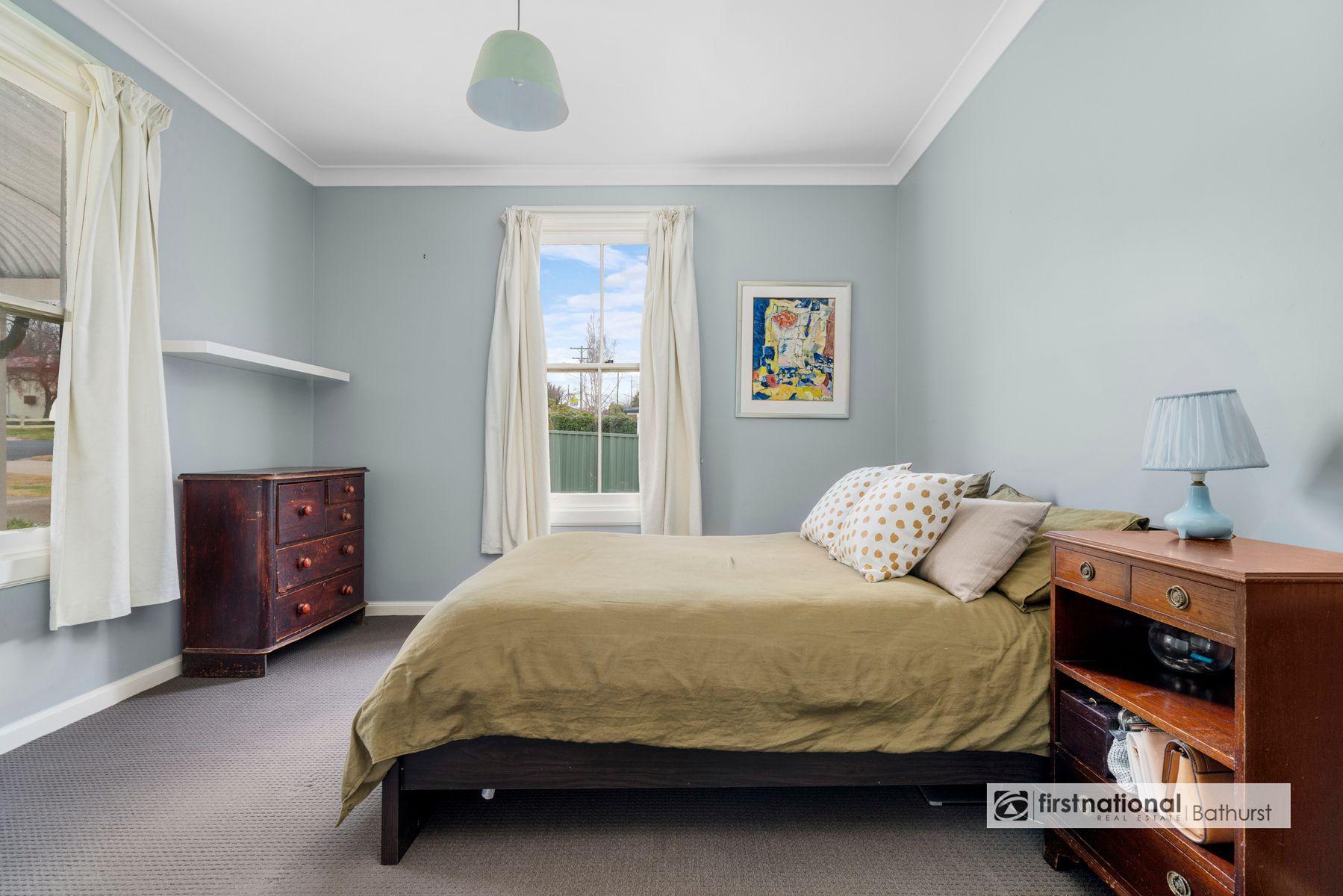 43 Brilliant Street, Bathurst, NSW 2795