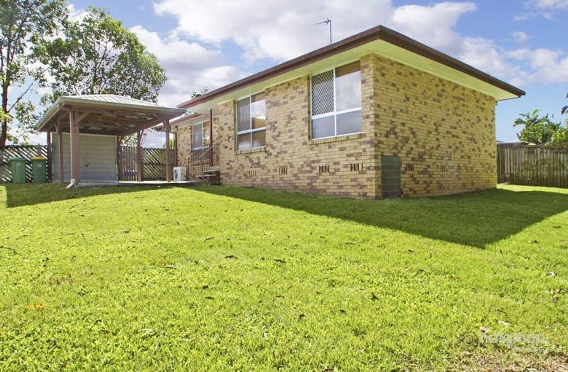 39 Bloodwood Crescent, Molendinar, QLD 4214