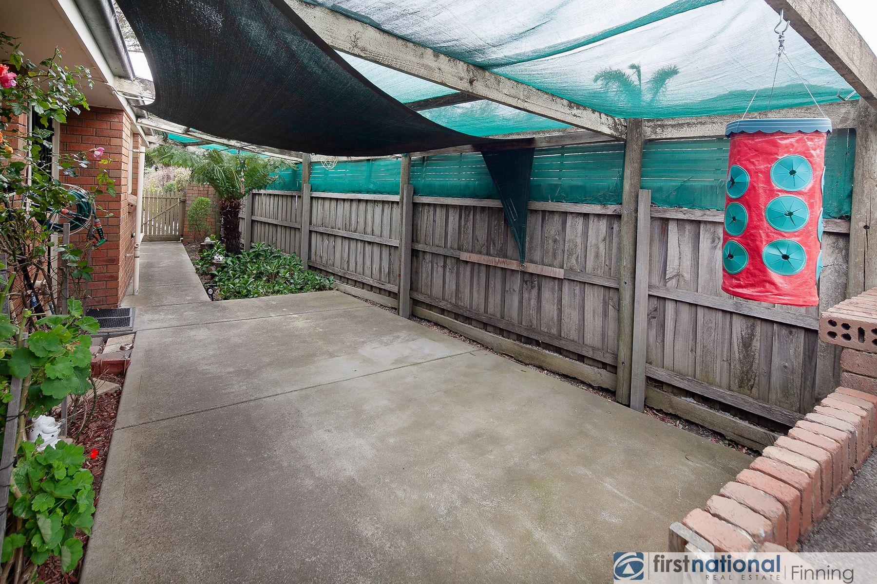 37 Circle Drive, Cranbourne, VIC 3977
