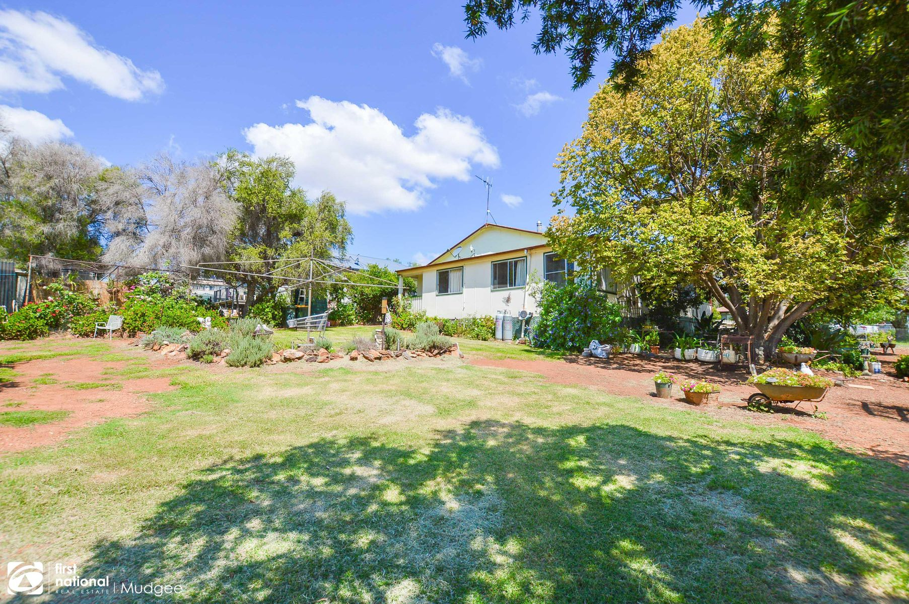 69-71 Tucklan Street, Dunedoo, NSW 2844