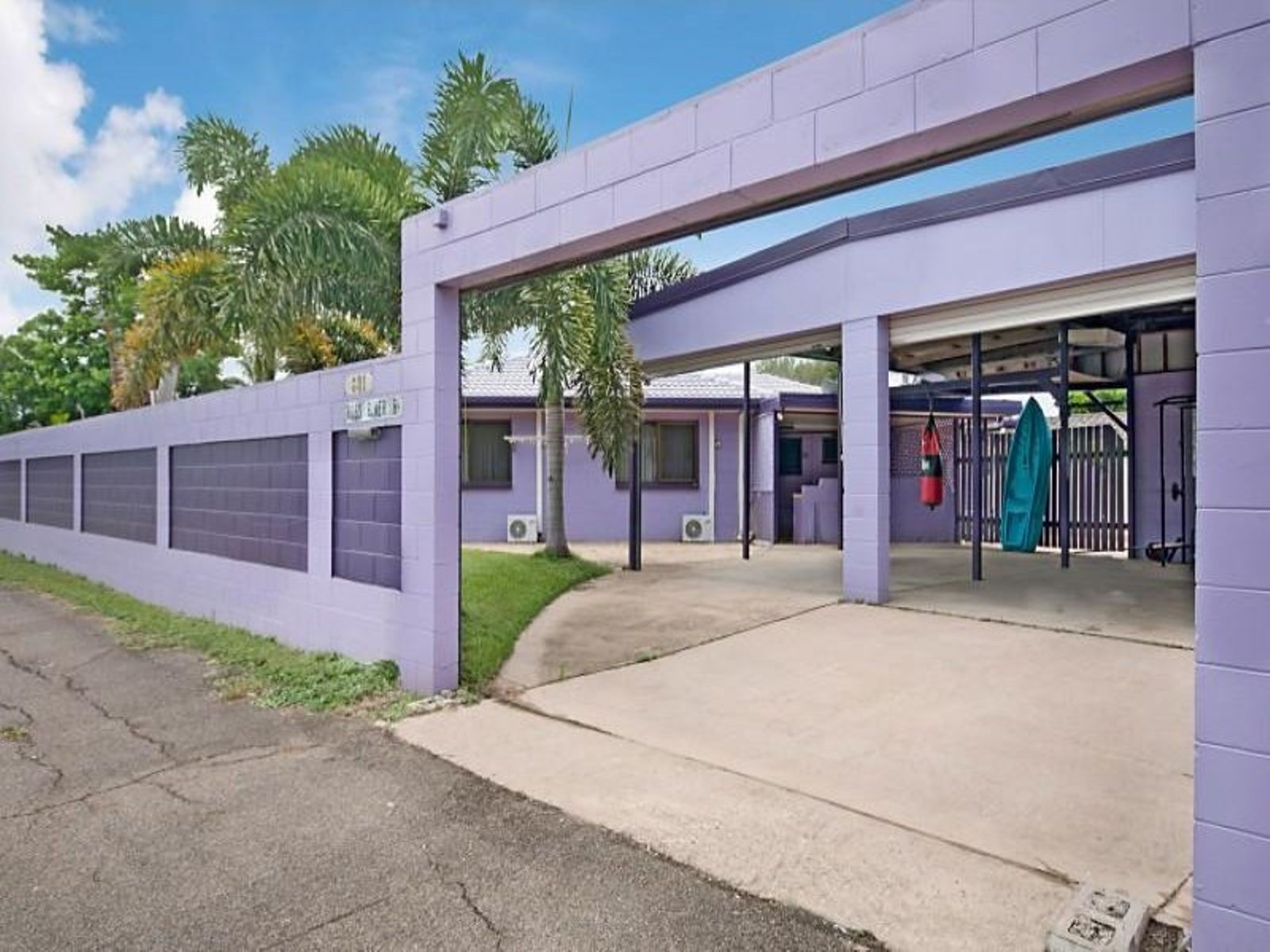 601 Ross River Road, Kirwan, QLD 4817