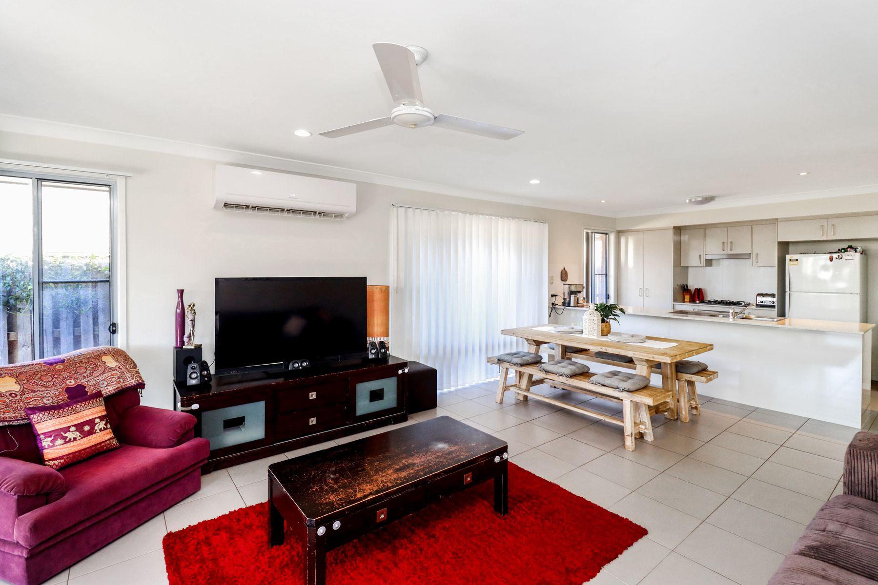 57 Augustus Boulevard, Urraween, QLD 4655