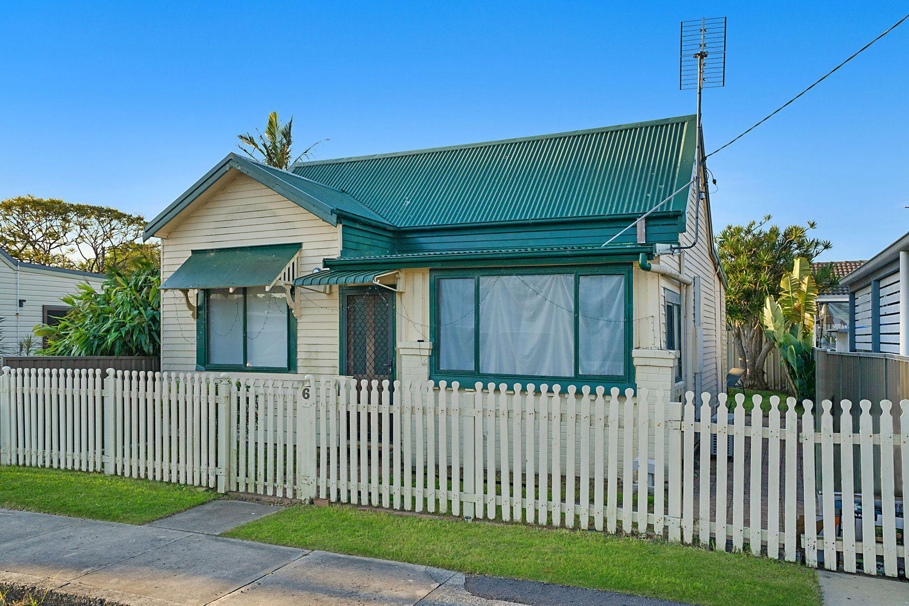 6 Victoria Street, Adamstown, NSW 2289