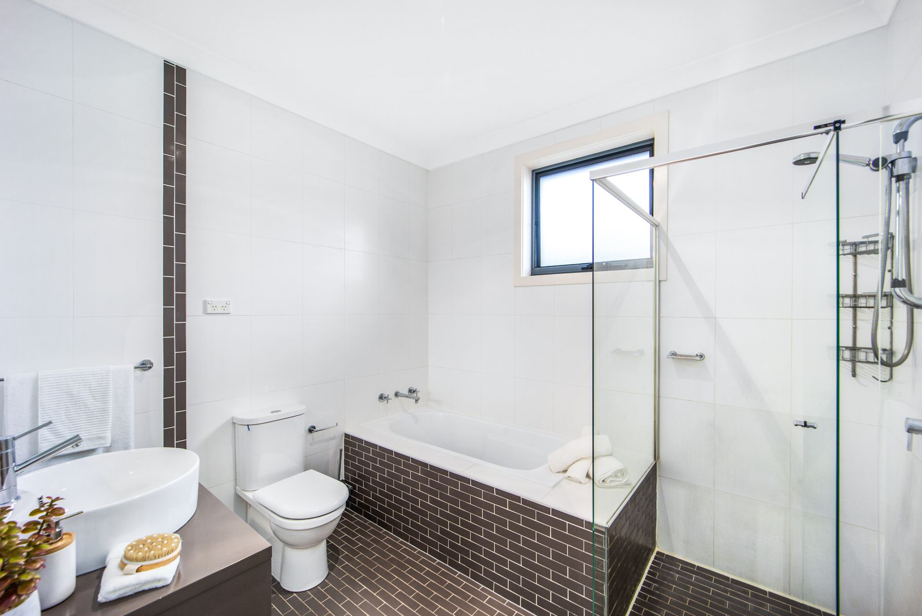 43 Albion St, Roselands, NSW 2196