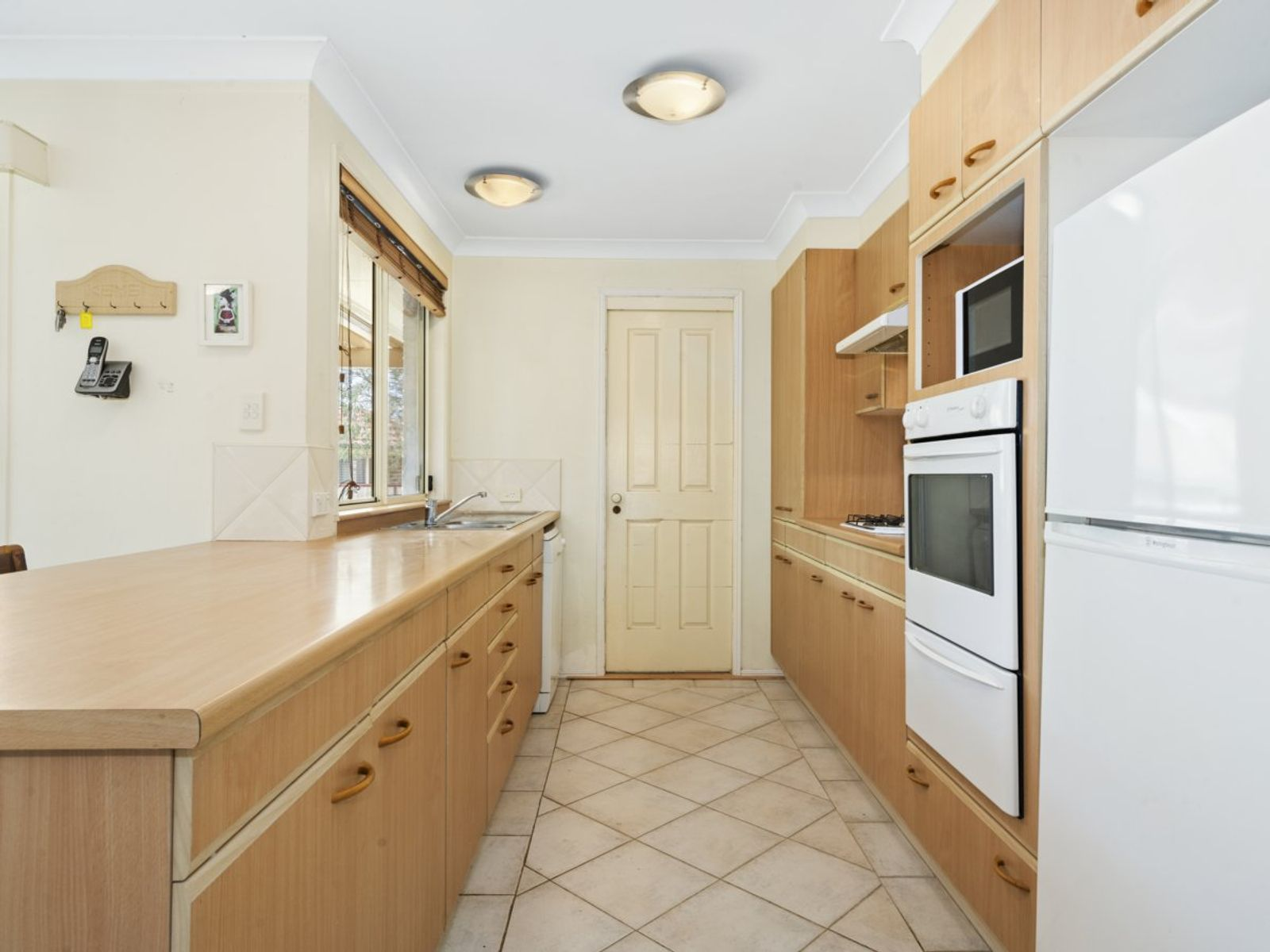 10 Bristol Close, Kanwal, NSW 2259