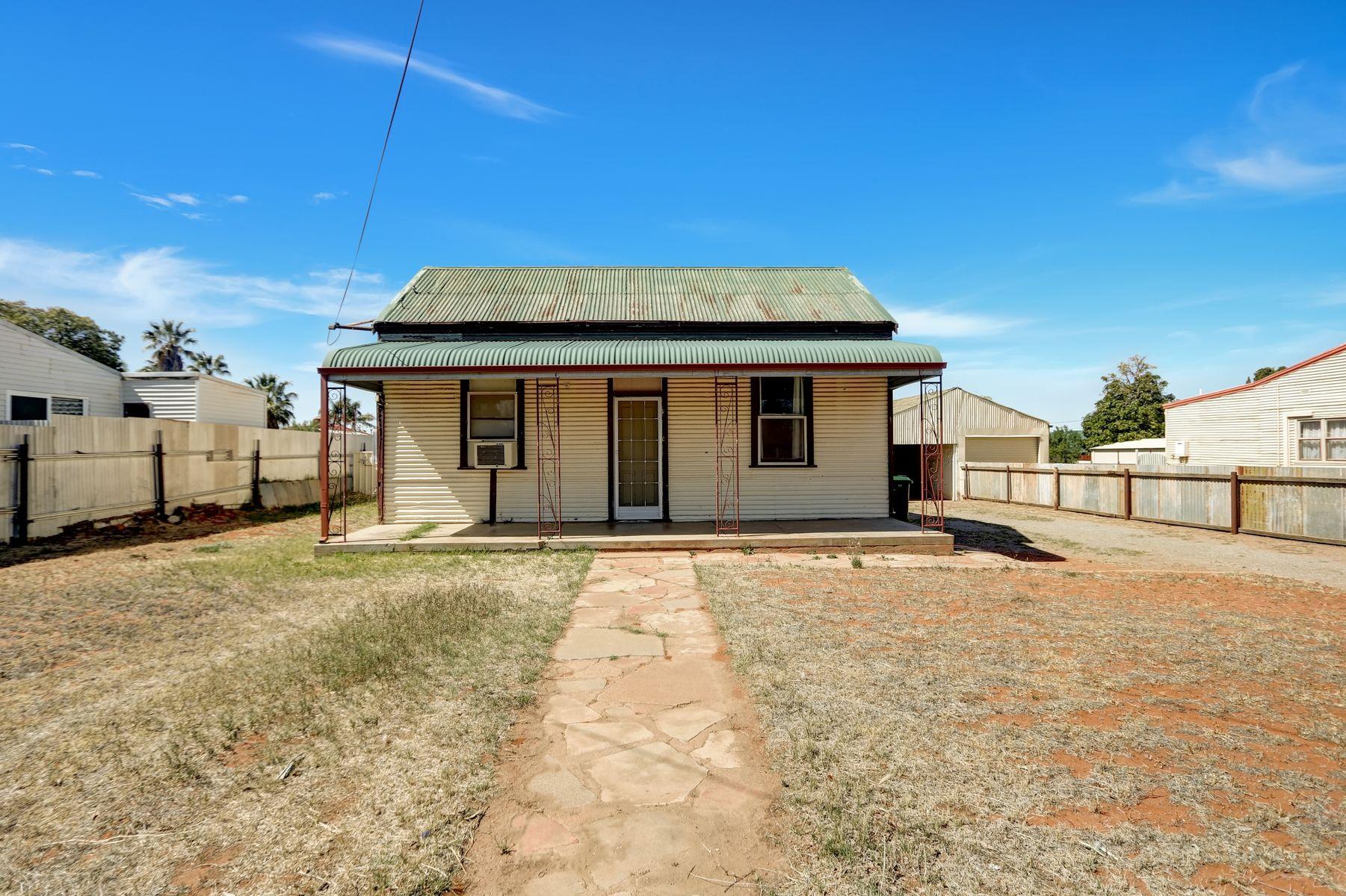 271 Jamieson Street, Broken Hill, NSW 2880