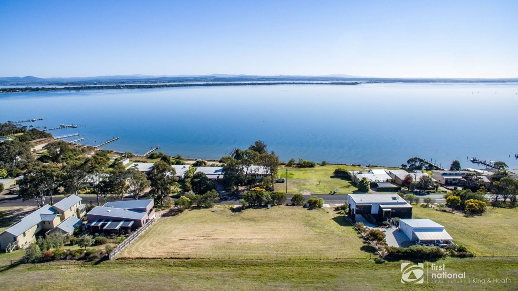 180 Bay Road, Eagle Point, VIC 3878