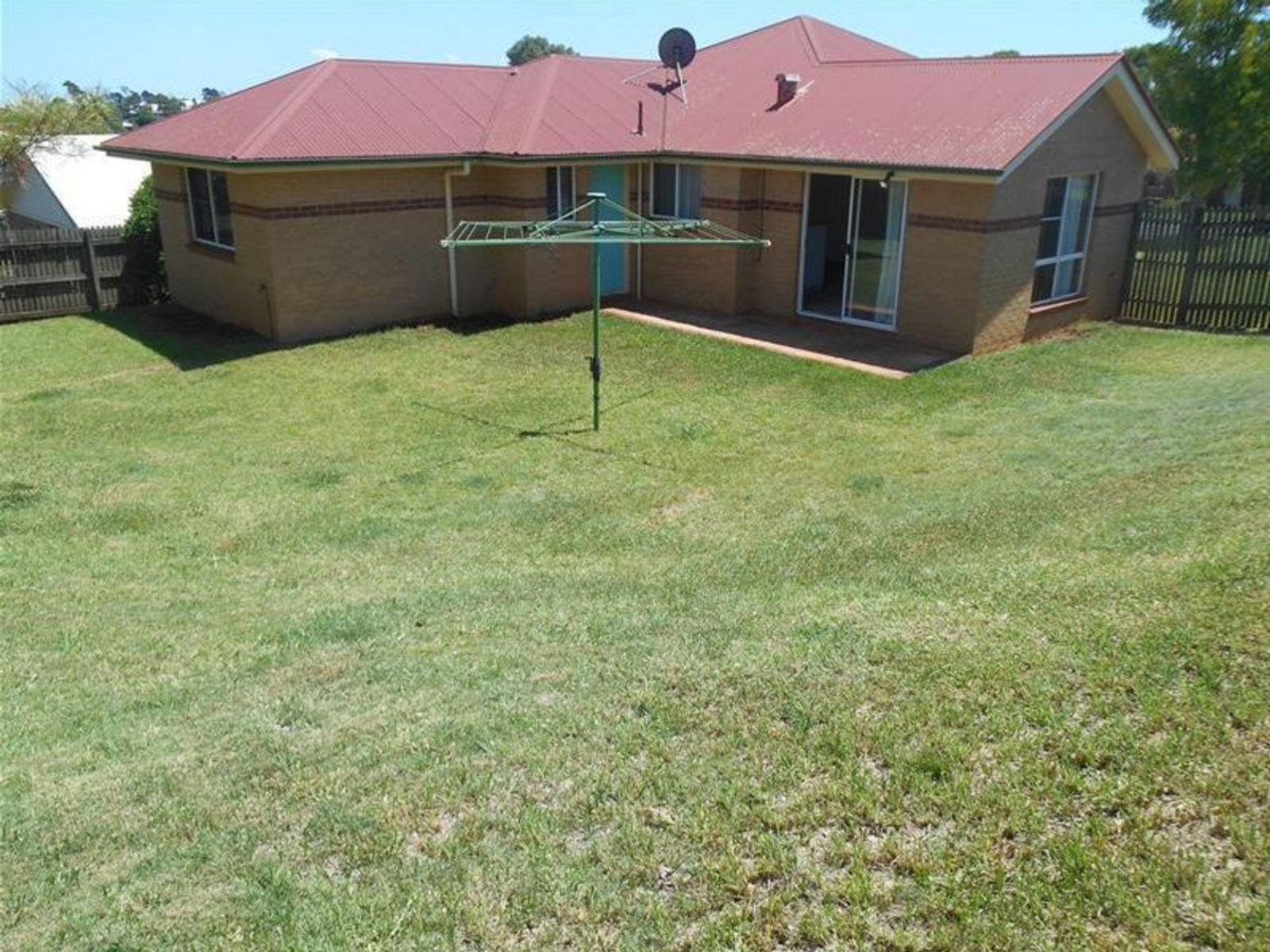 13 Dalzell Crescent, Darling Heights, QLD 4350