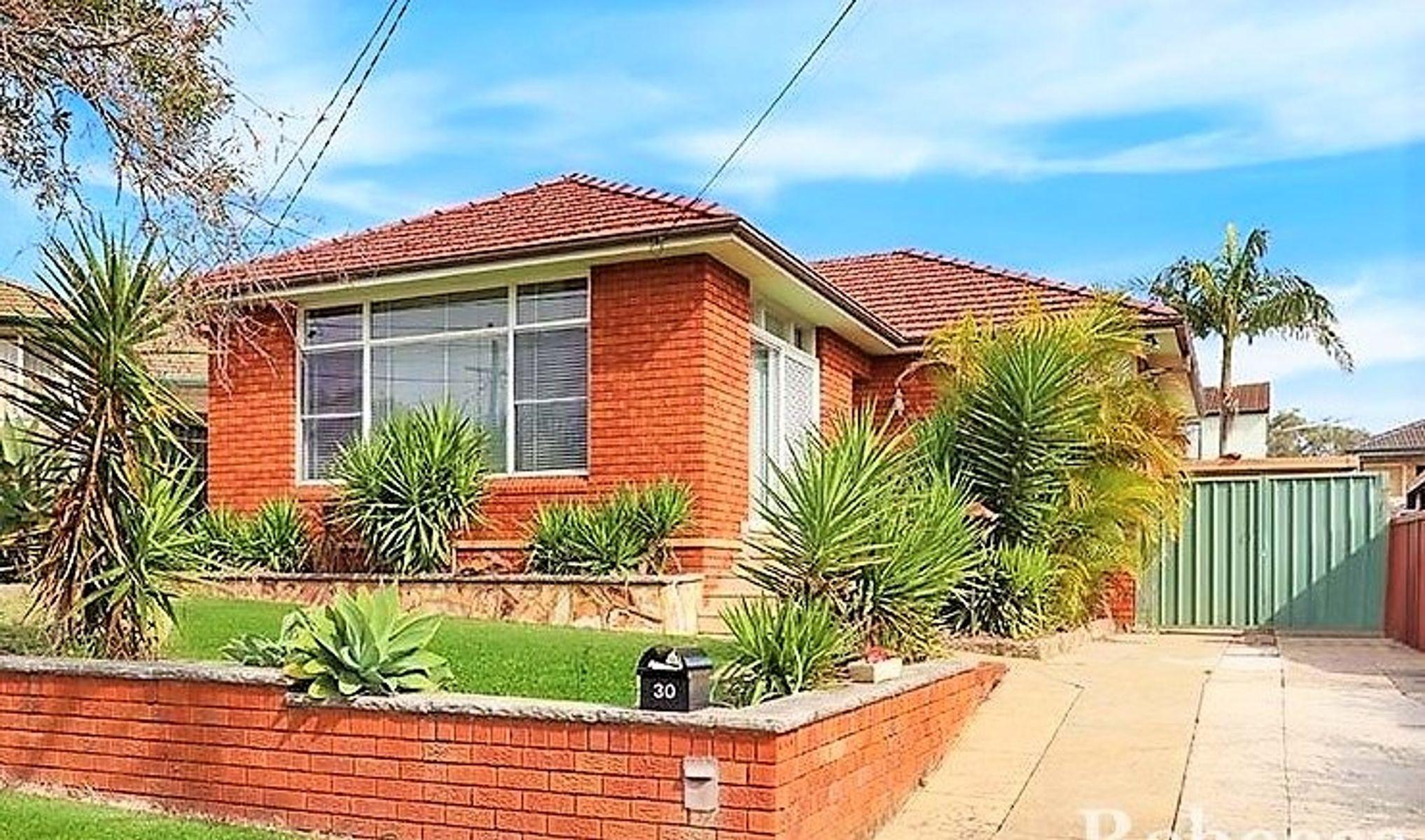 30 Eleanor Avenue, Belmore, NSW 2192