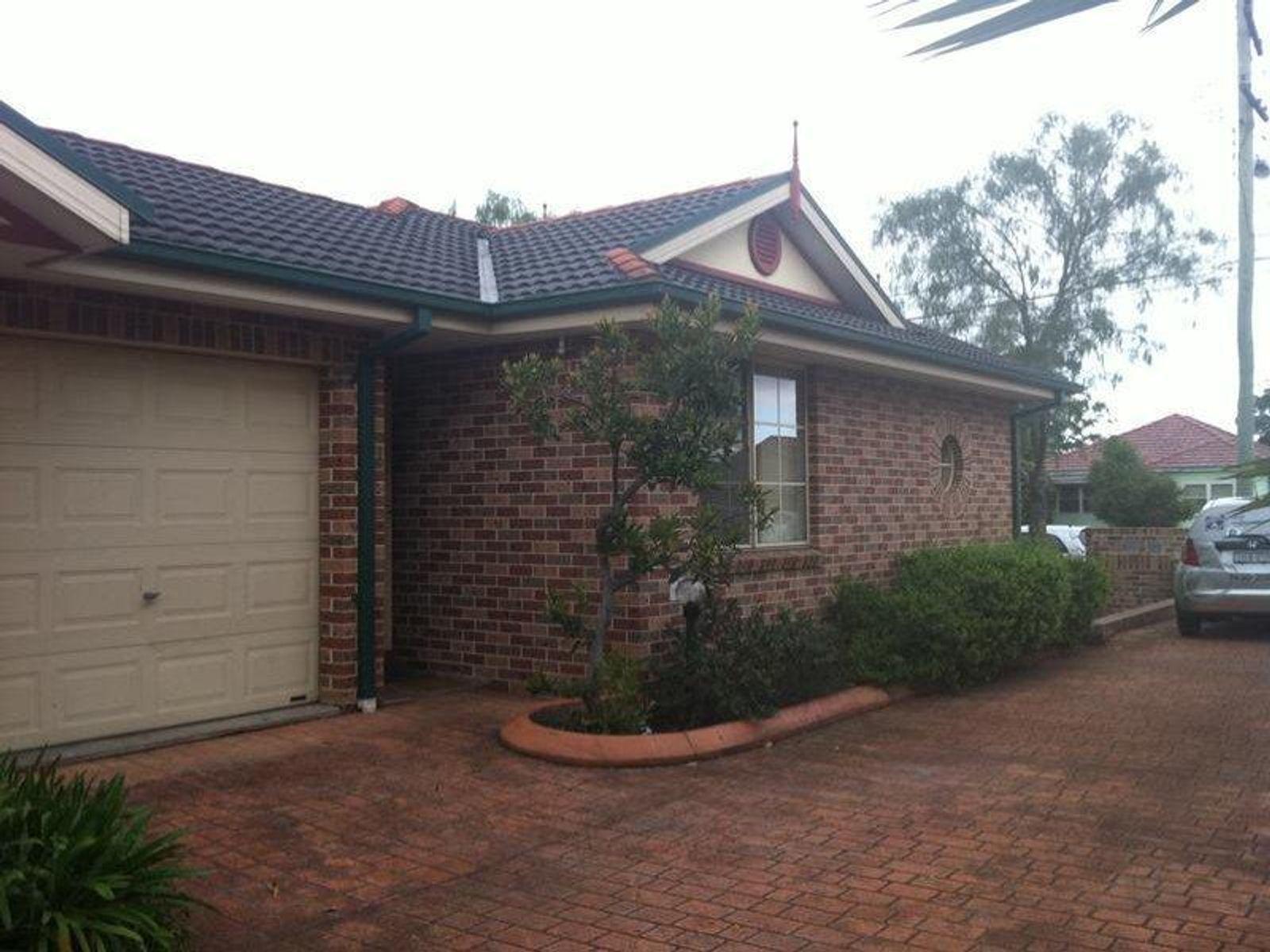 1/126 Polding Street, Fairfield Heights, NSW 2165