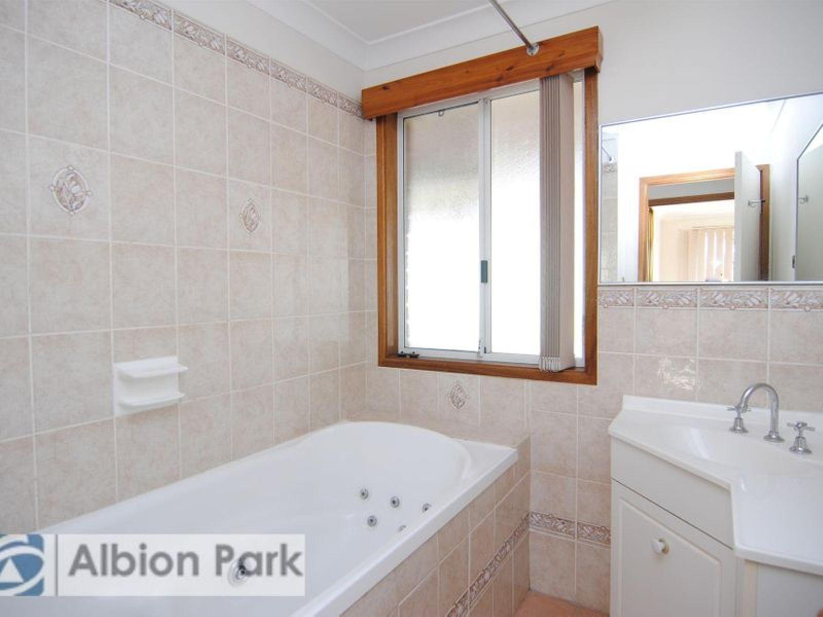 10 Whitewood Pl, Albion Park Rail NSW 2527, Australia , House for ...