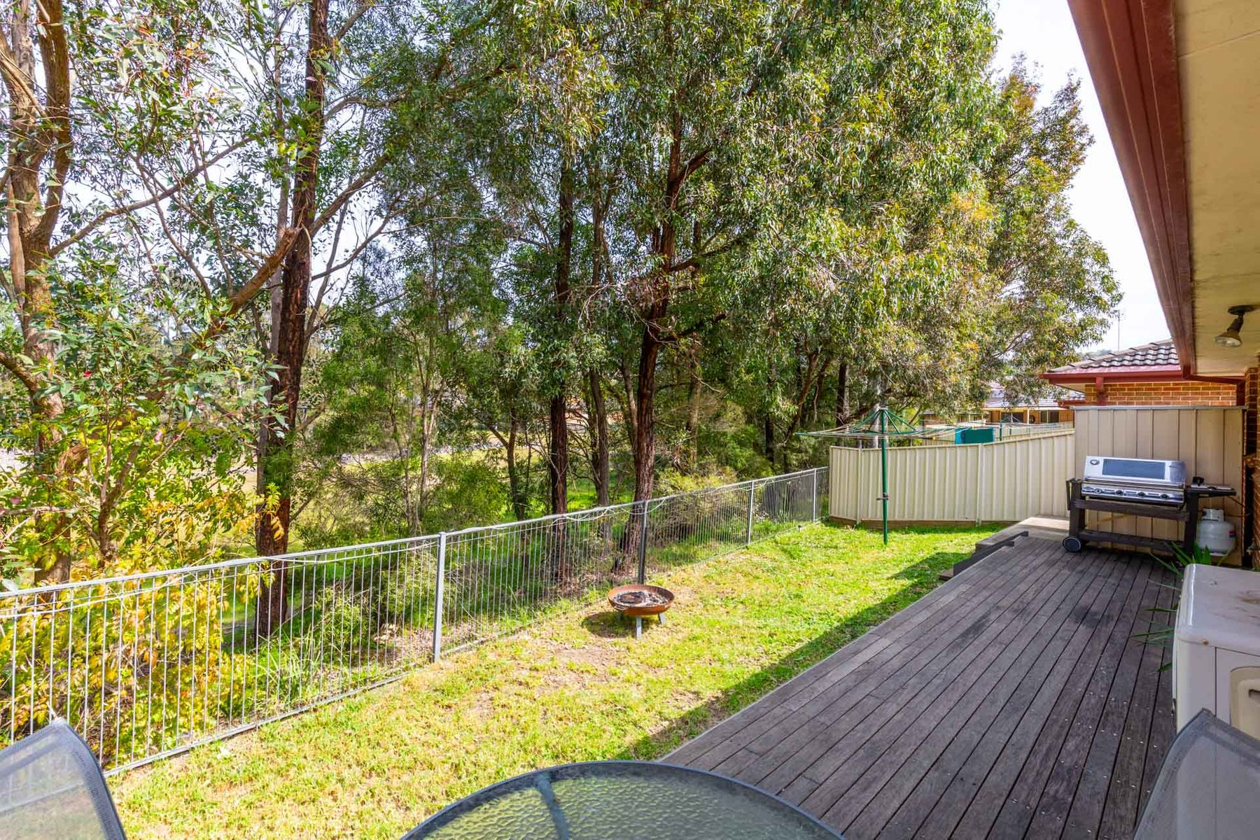 8 Sarah Jayne Court, Lakelands, NSW 2282
