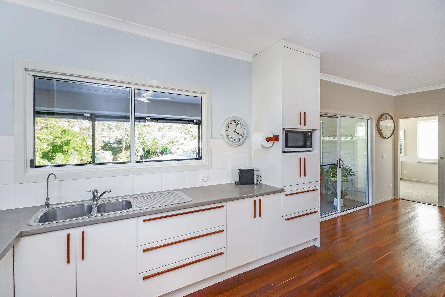 295 Torquay Terrace, Torquay, QLD 4655