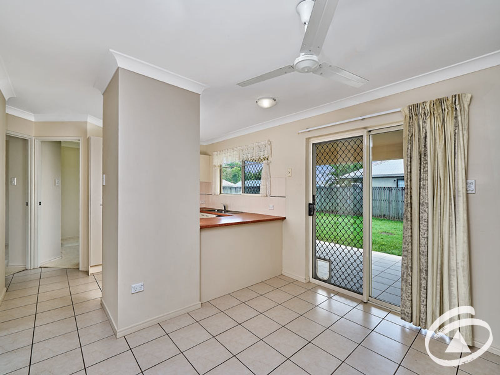 8 Mayne Street, Bentley Park, QLD 4869