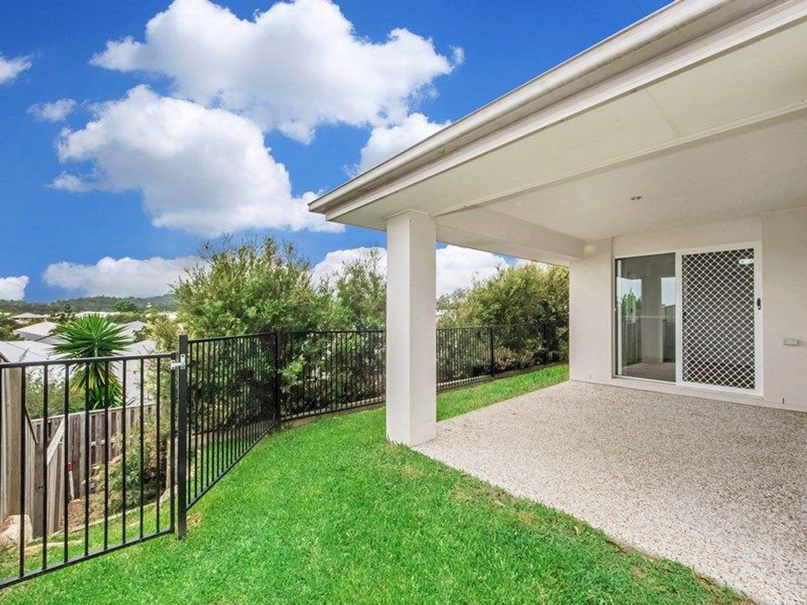 6 Hillstone Crescent, Maudsland, QLD 4210