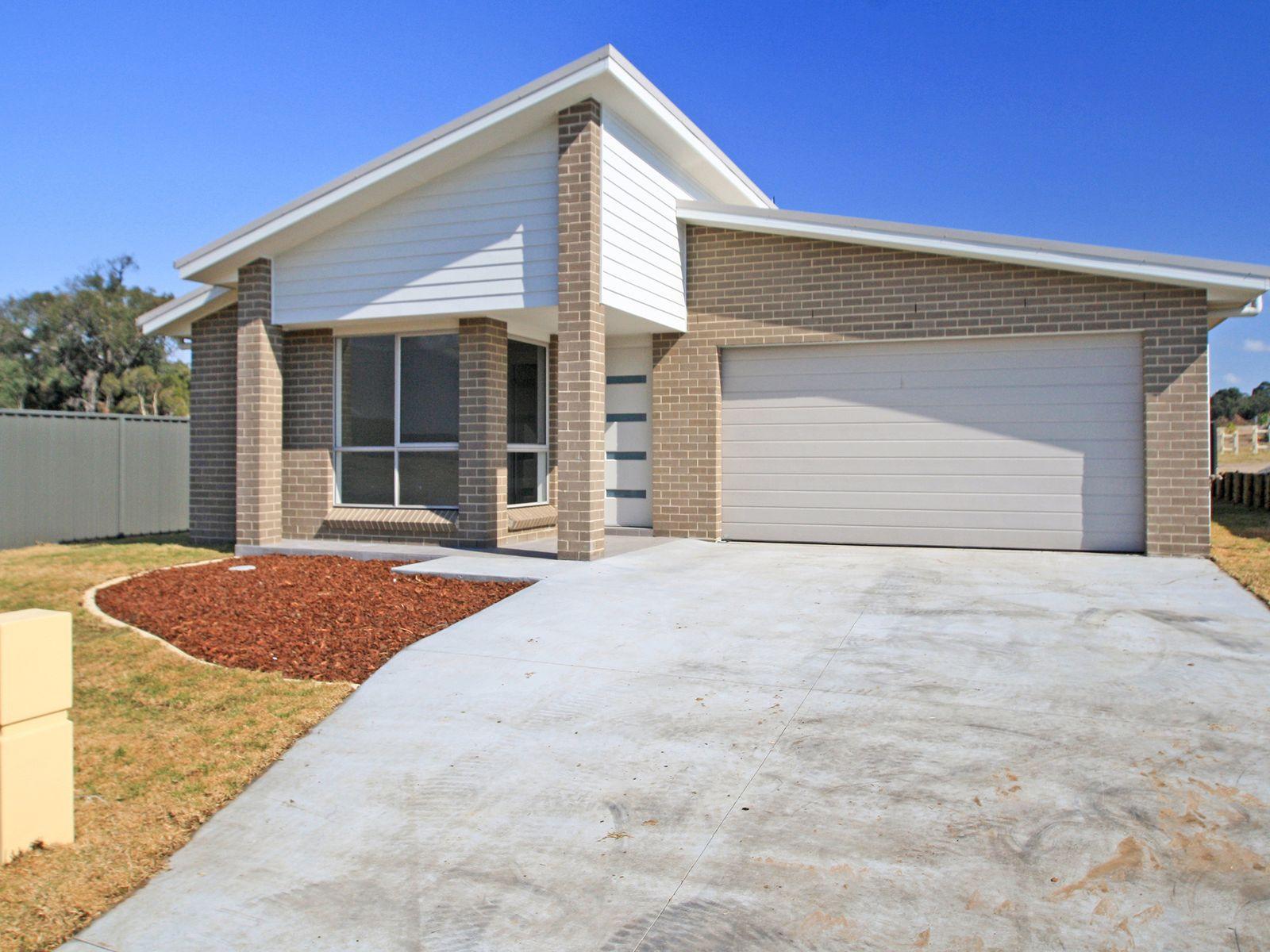 14 Gleneagles Avenue, Heddon Greta, NSW 2321