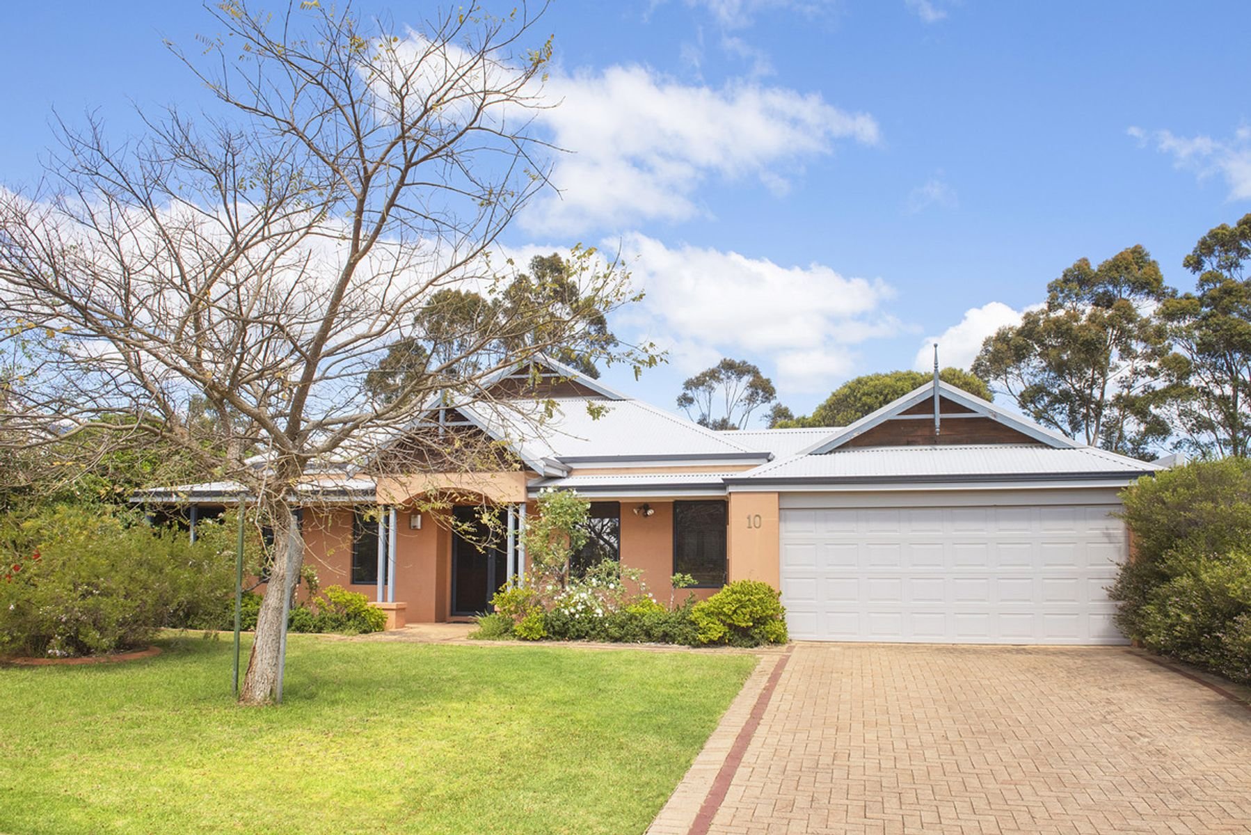 10 Bottlebrush Drive, Margaret River, WA 6285