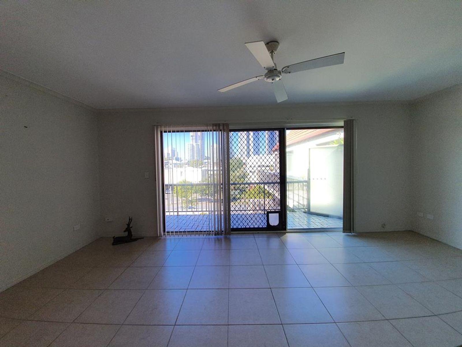 7/8 Weemala Street, Chevron Island, QLD 4217