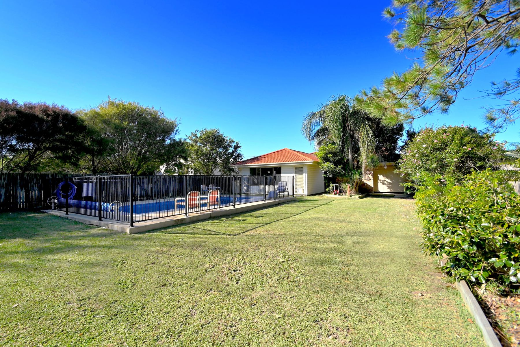 1 Eastwood Avenue, Culburra Beach, NSW 2540