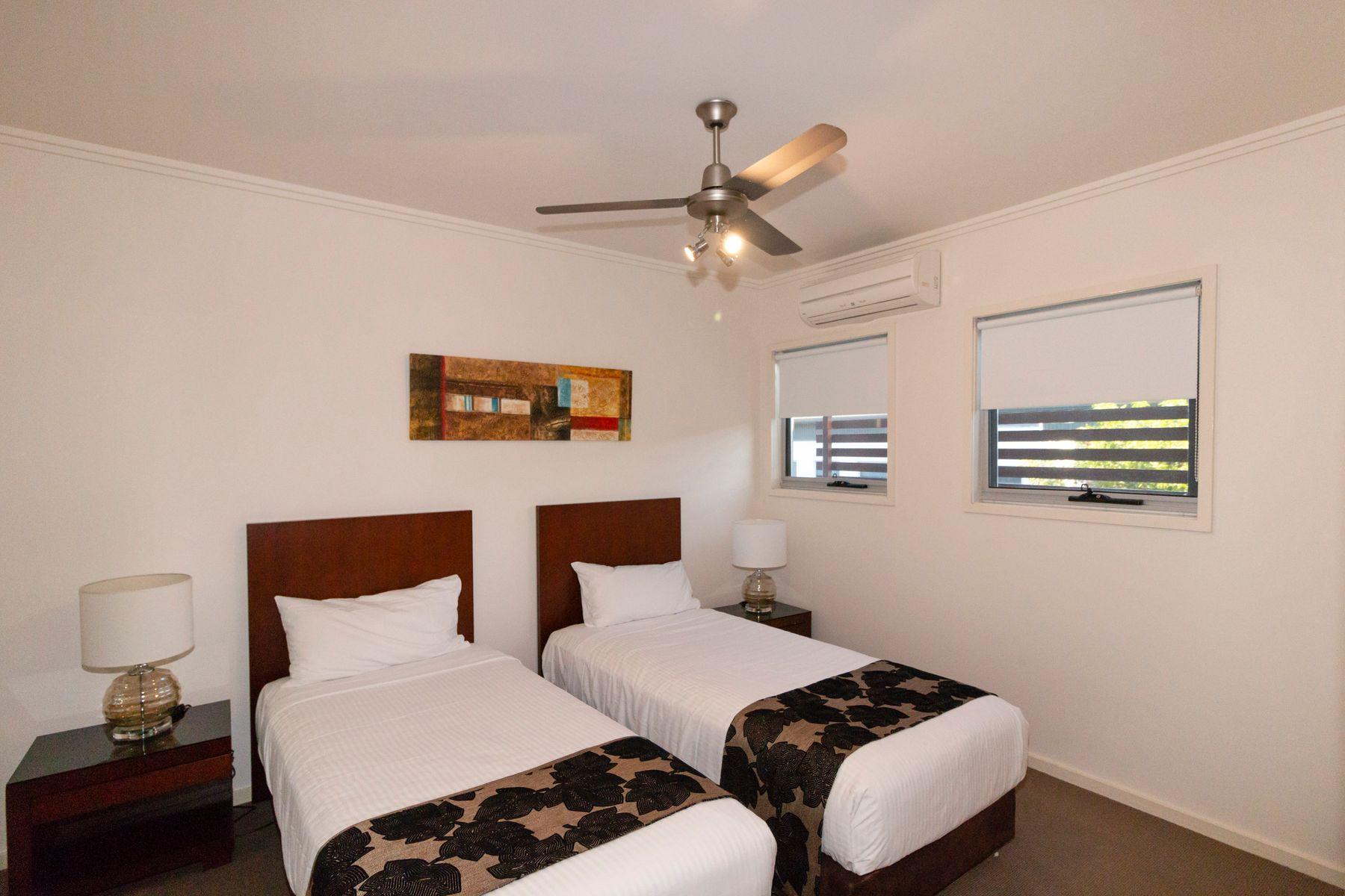 60/80 Moolyyir Street, Urangan, QLD 4655