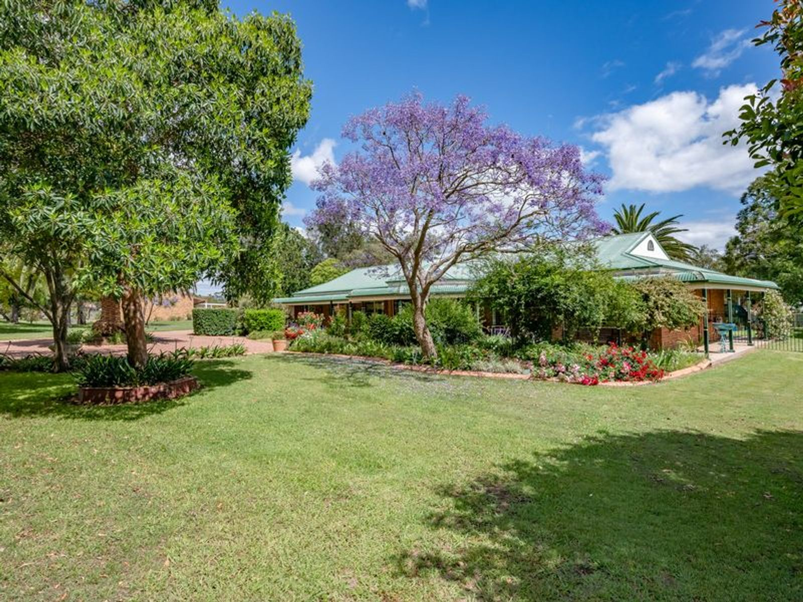 6 Dunnering Close, Lochinvar, NSW 2321