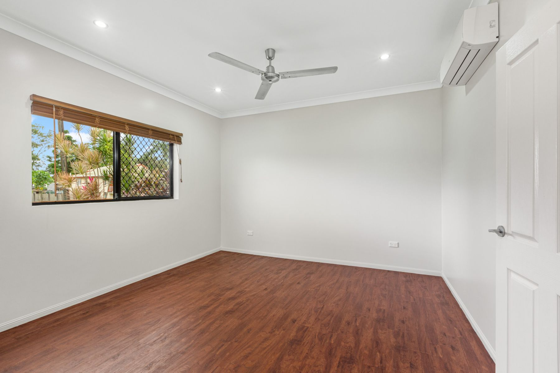 17 Cheshire Street, Wangan, QLD 4871