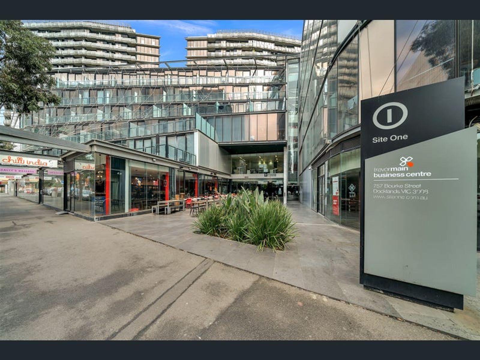 325/757 Bourke Street, Docklands, VIC 3008