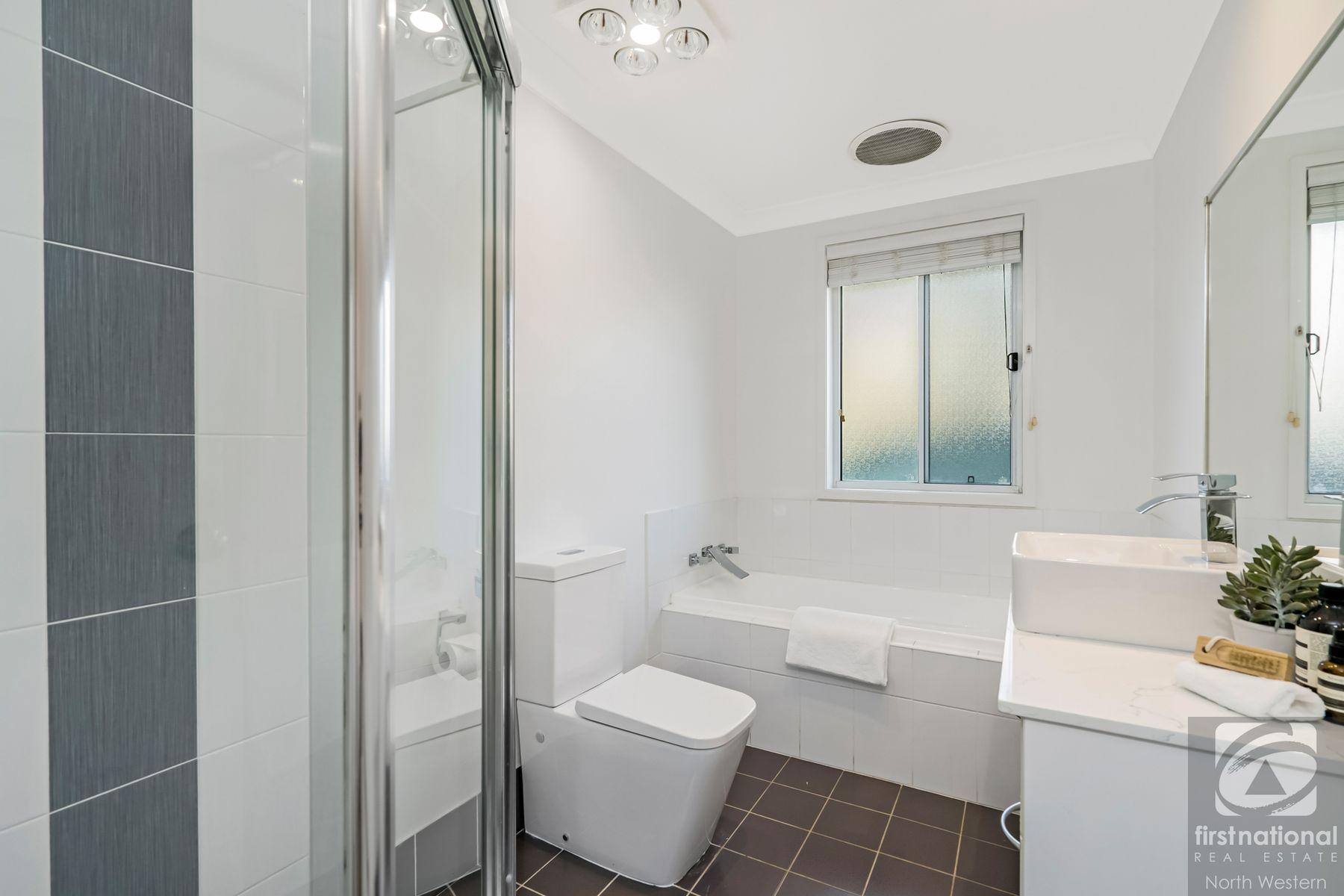 2 Bradforde Street, Kellyville Ridge, NSW 2155