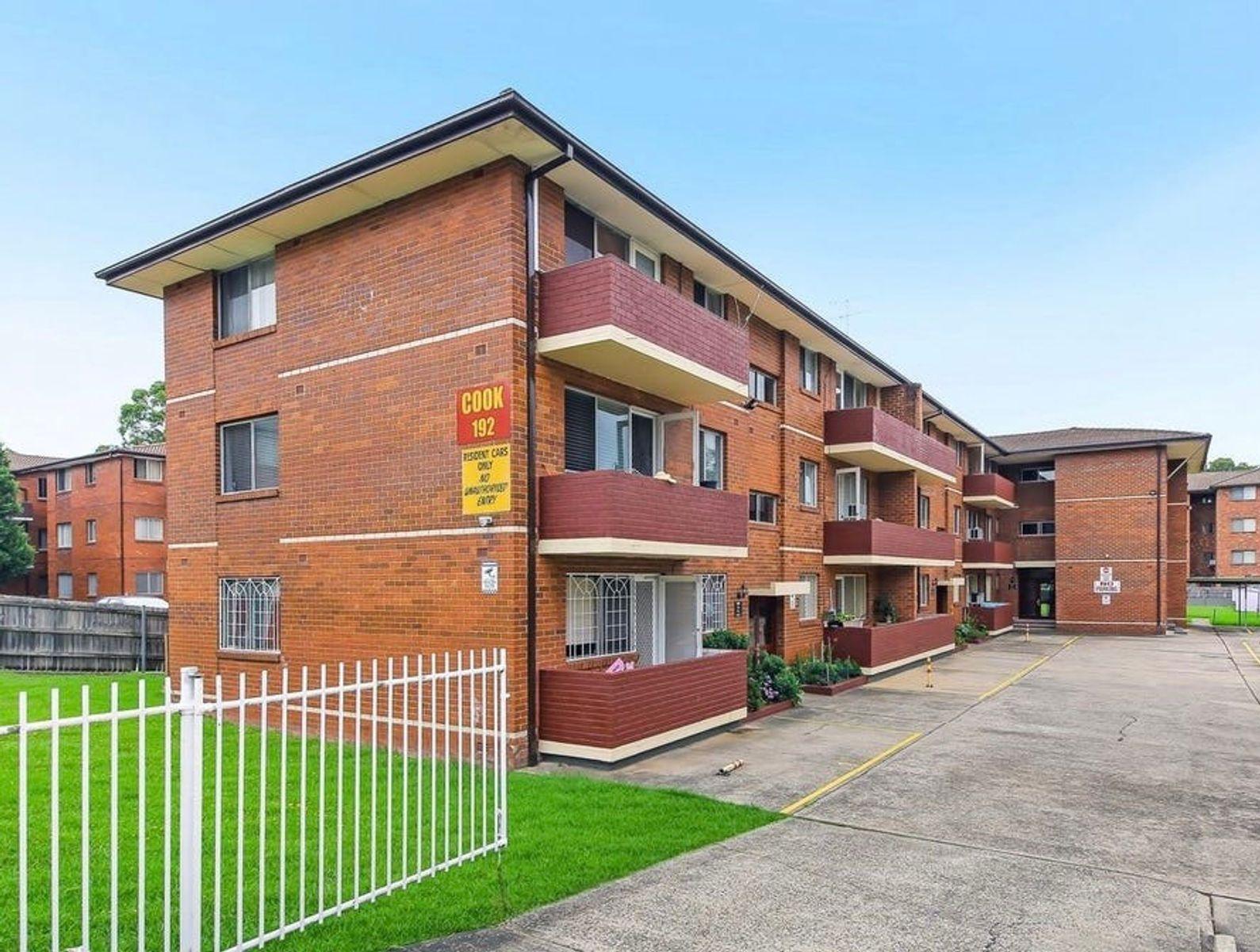 11/192 Sandal Crescent, Carramar, NSW 2163