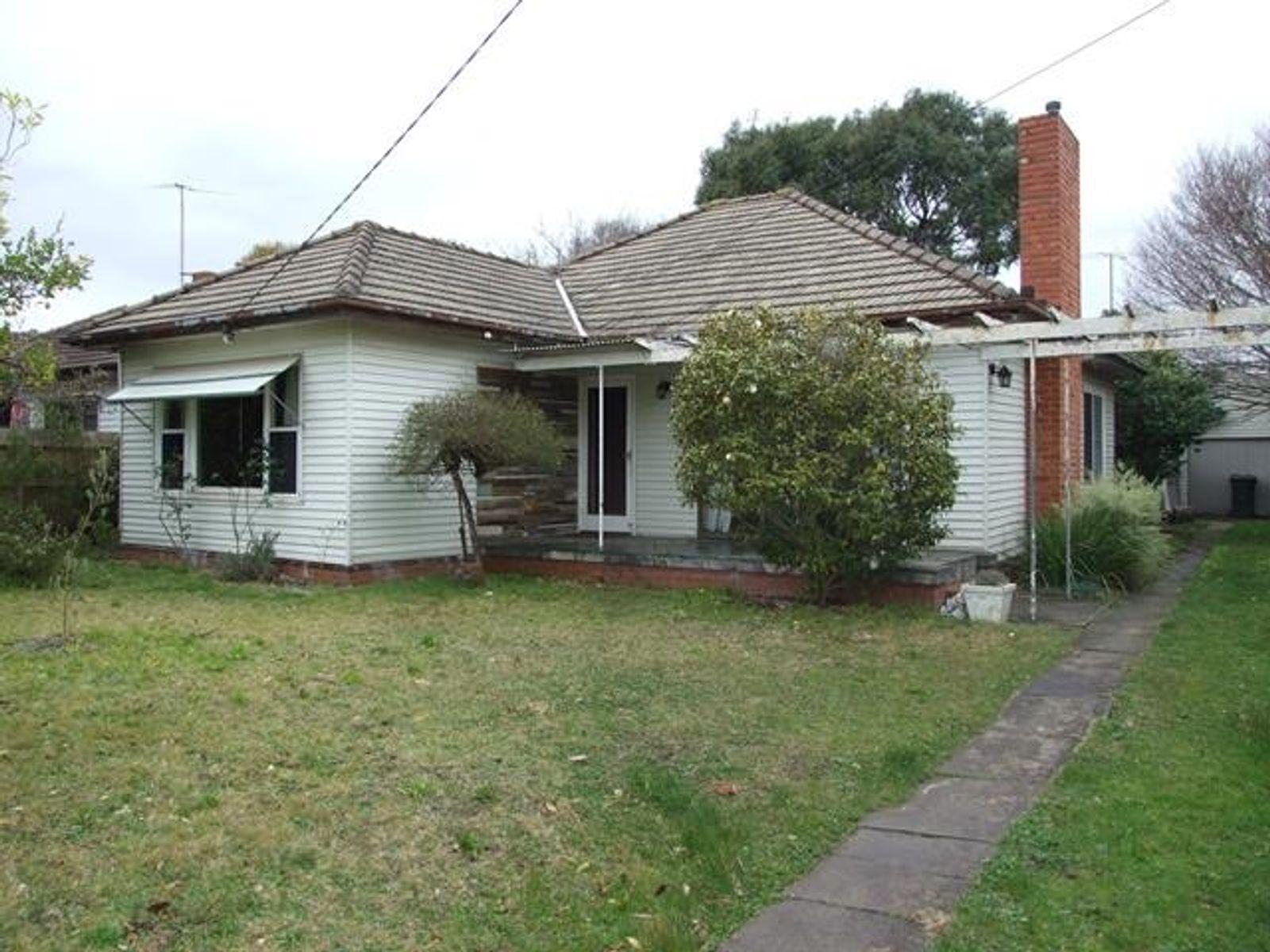 12 Koonawarra Street, Clayton, VIC 3168