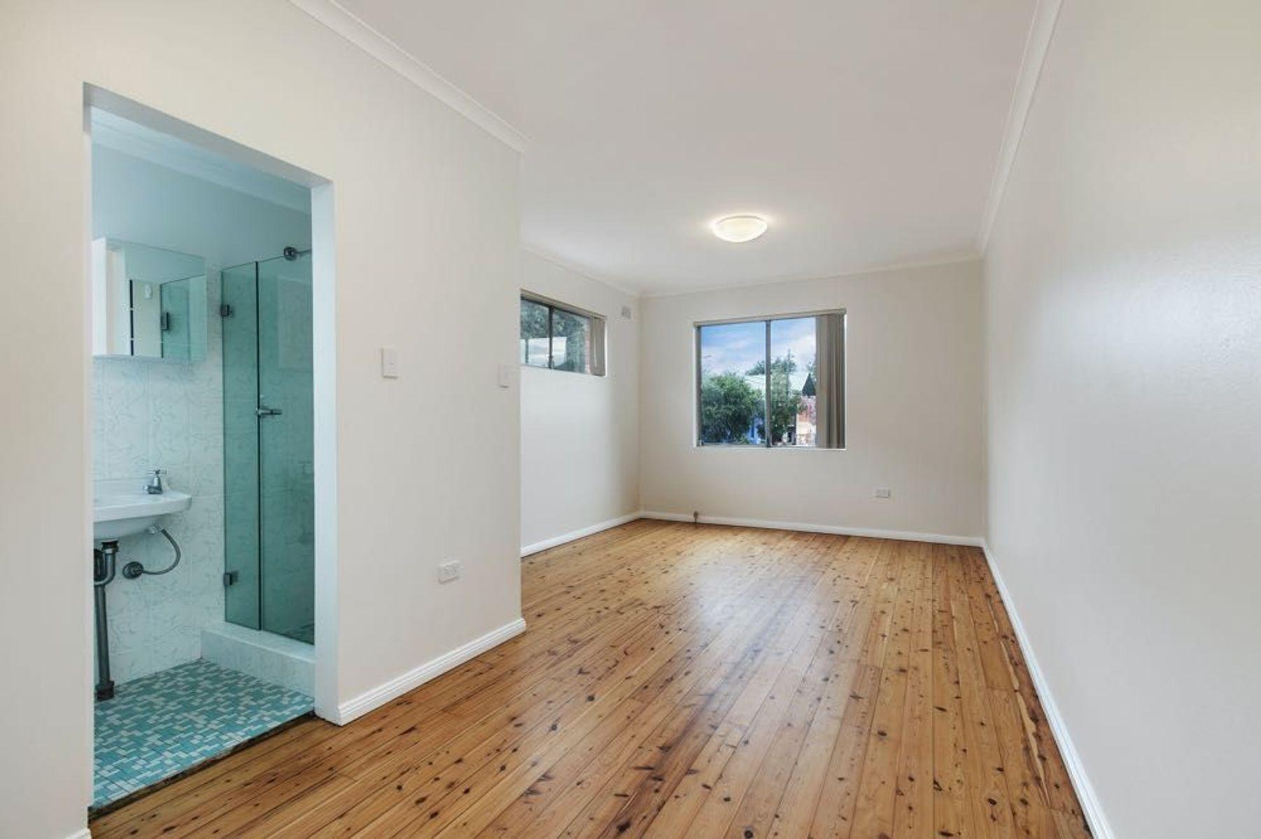 4/18 John Street, Newtown, NSW 2042