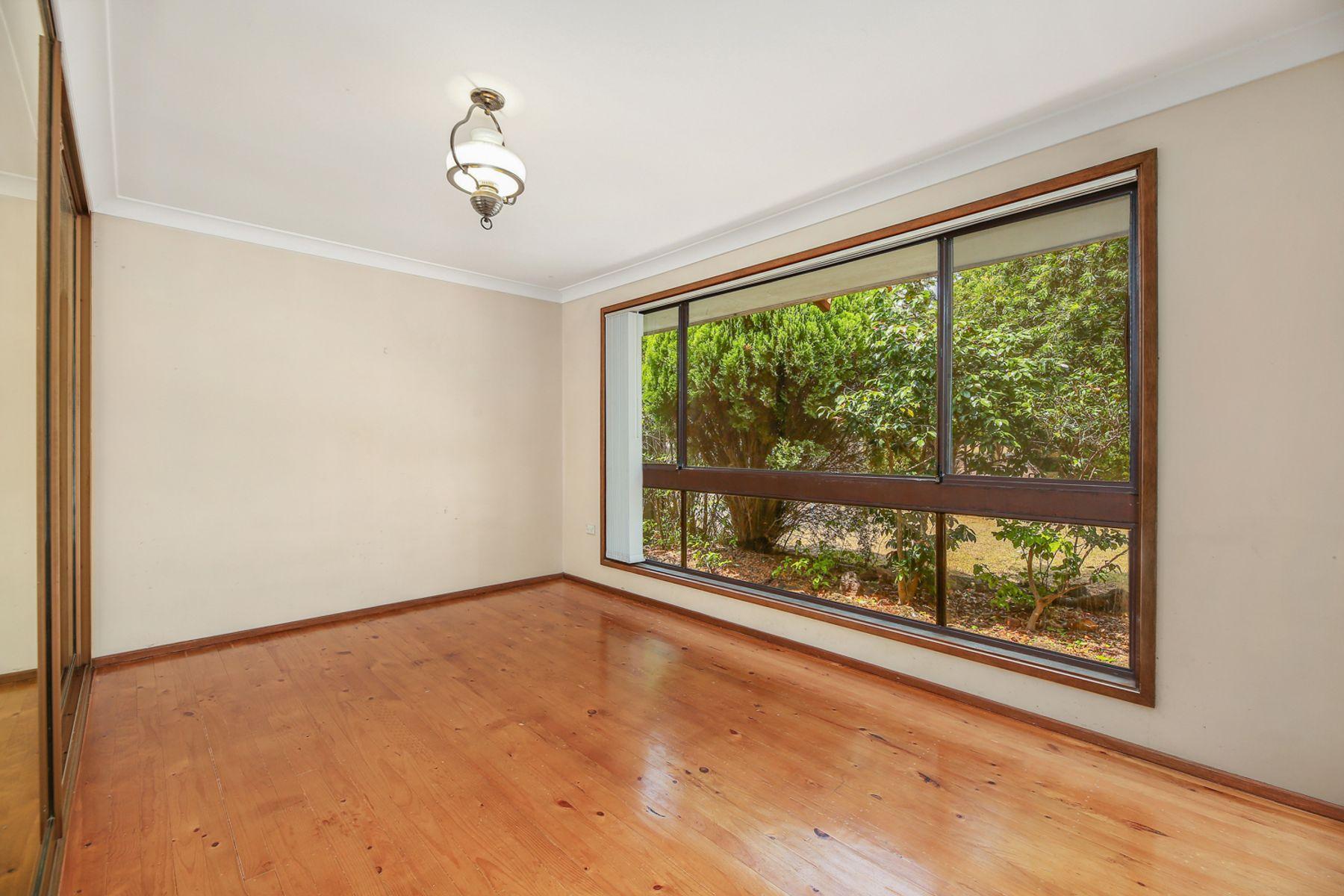 13 Dunstan Avenue, Milperra, NSW 2214