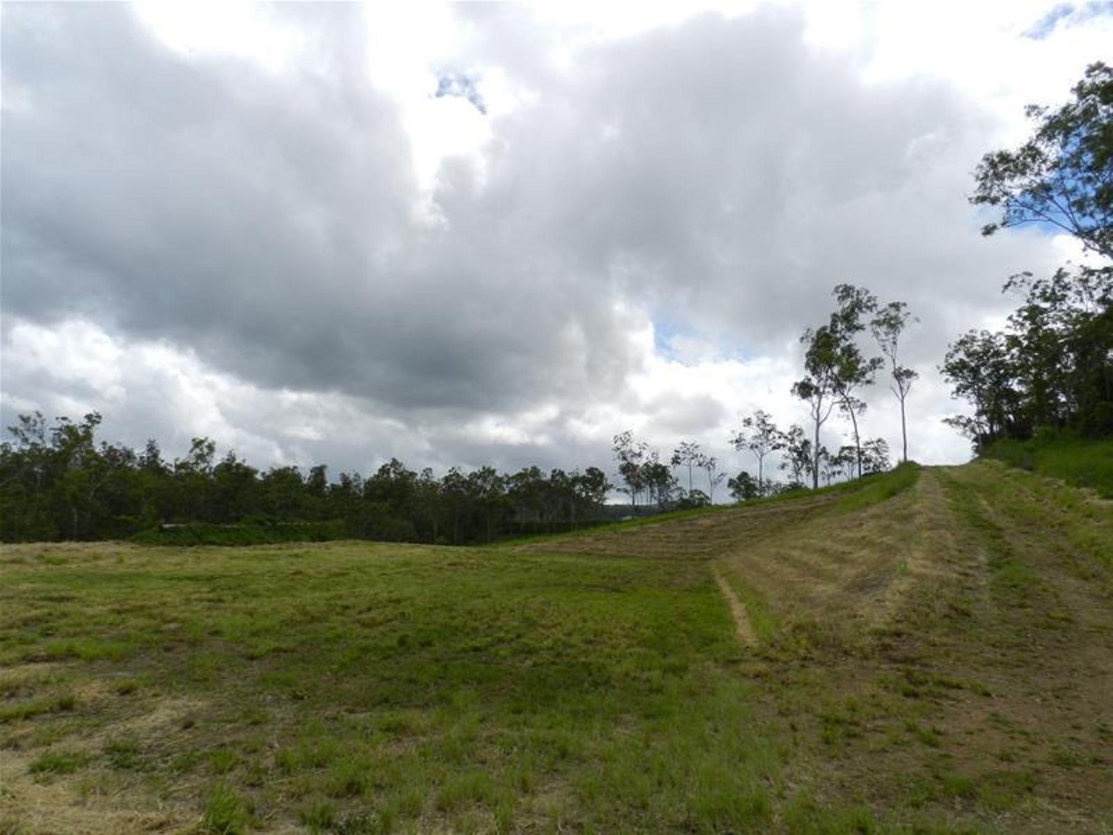 98 Lawrie Road, Sarina Range, QLD 4737