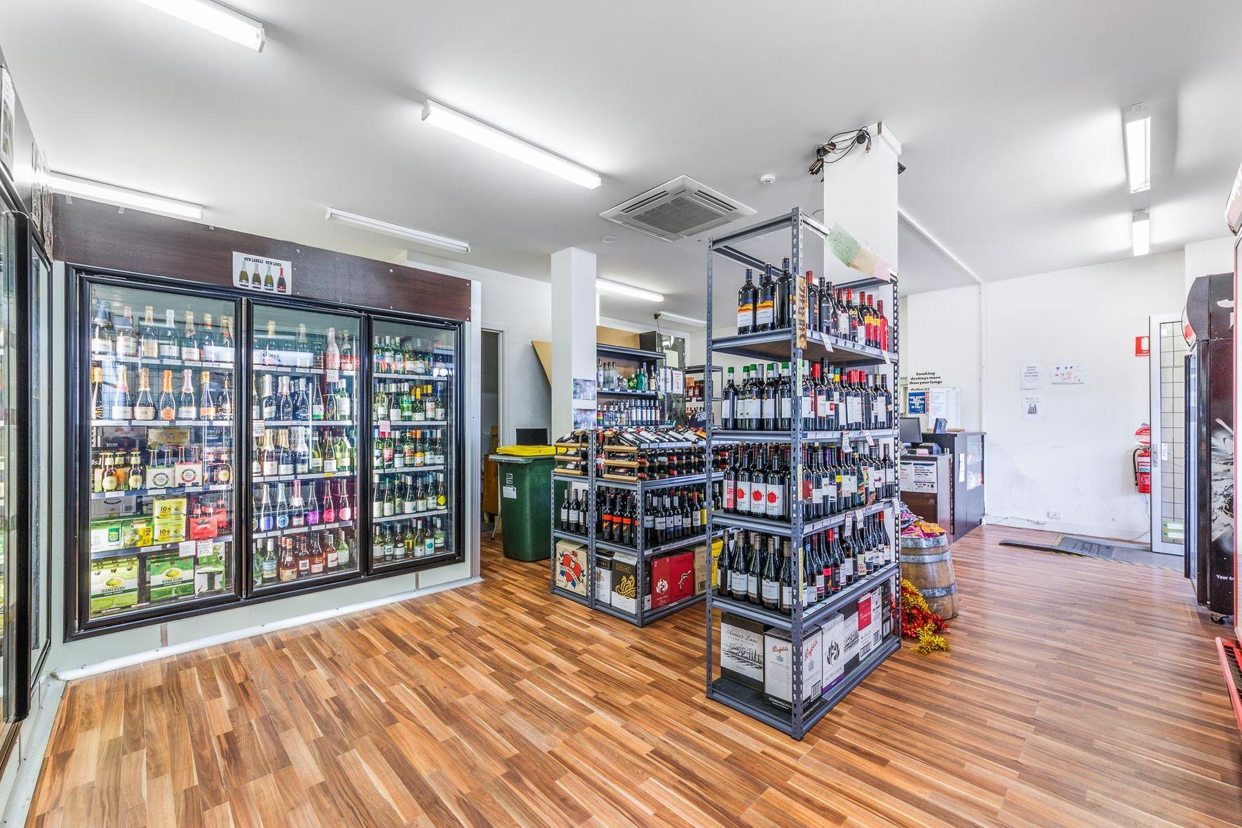 WEB   Bottle Shop   543 North Rd Ormond    2
