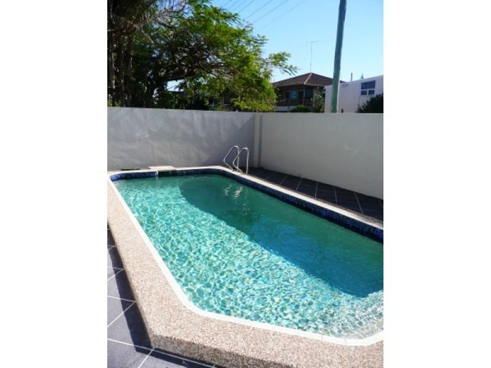 4/33 Leonard Avenue, Surfers Paradise, QLD 4217