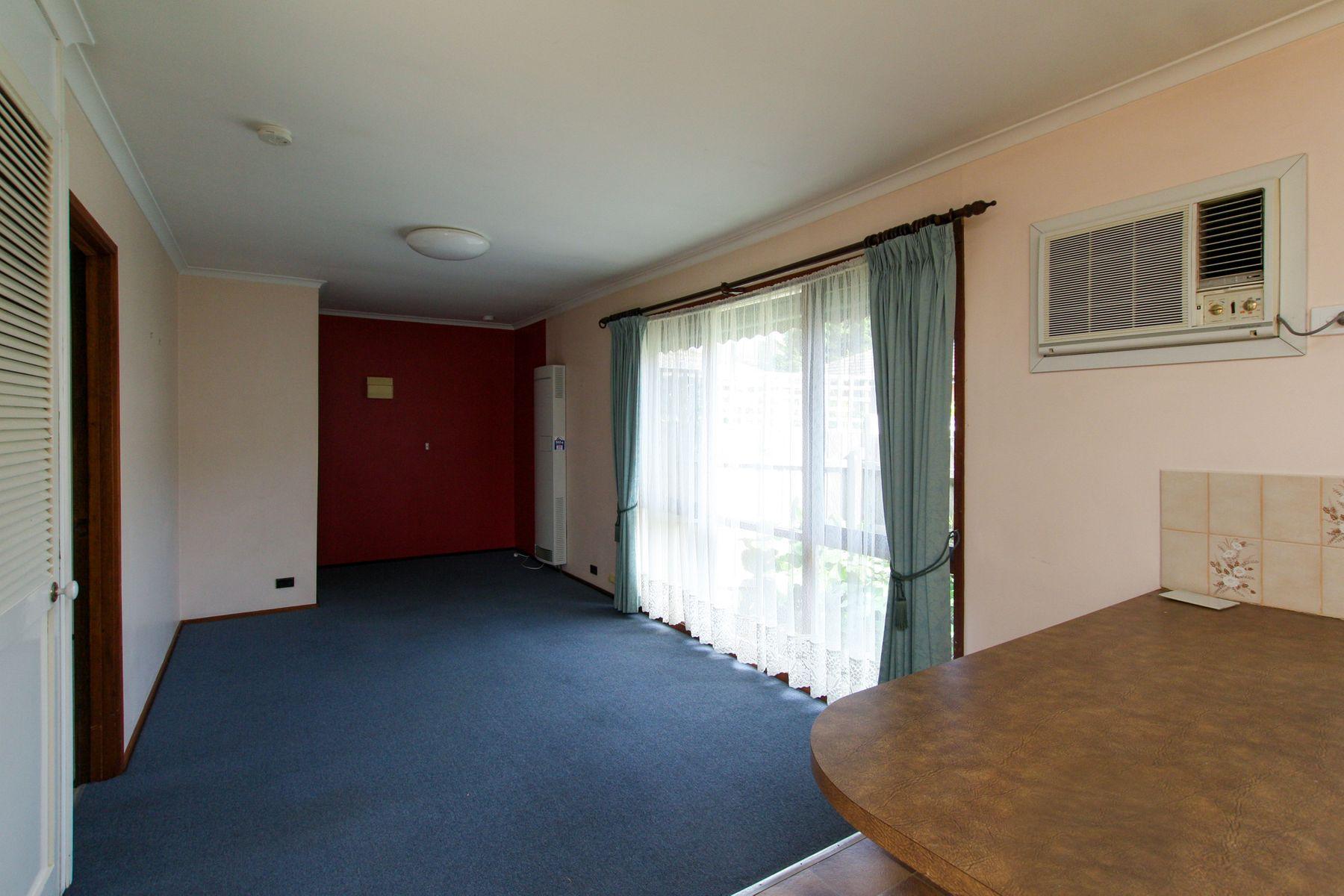 37A Zina Grove, Mooroolbark, VIC 3138