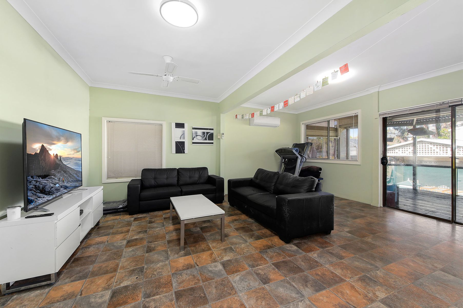 151 Picnic Point Road, Picnic Point, NSW 2213