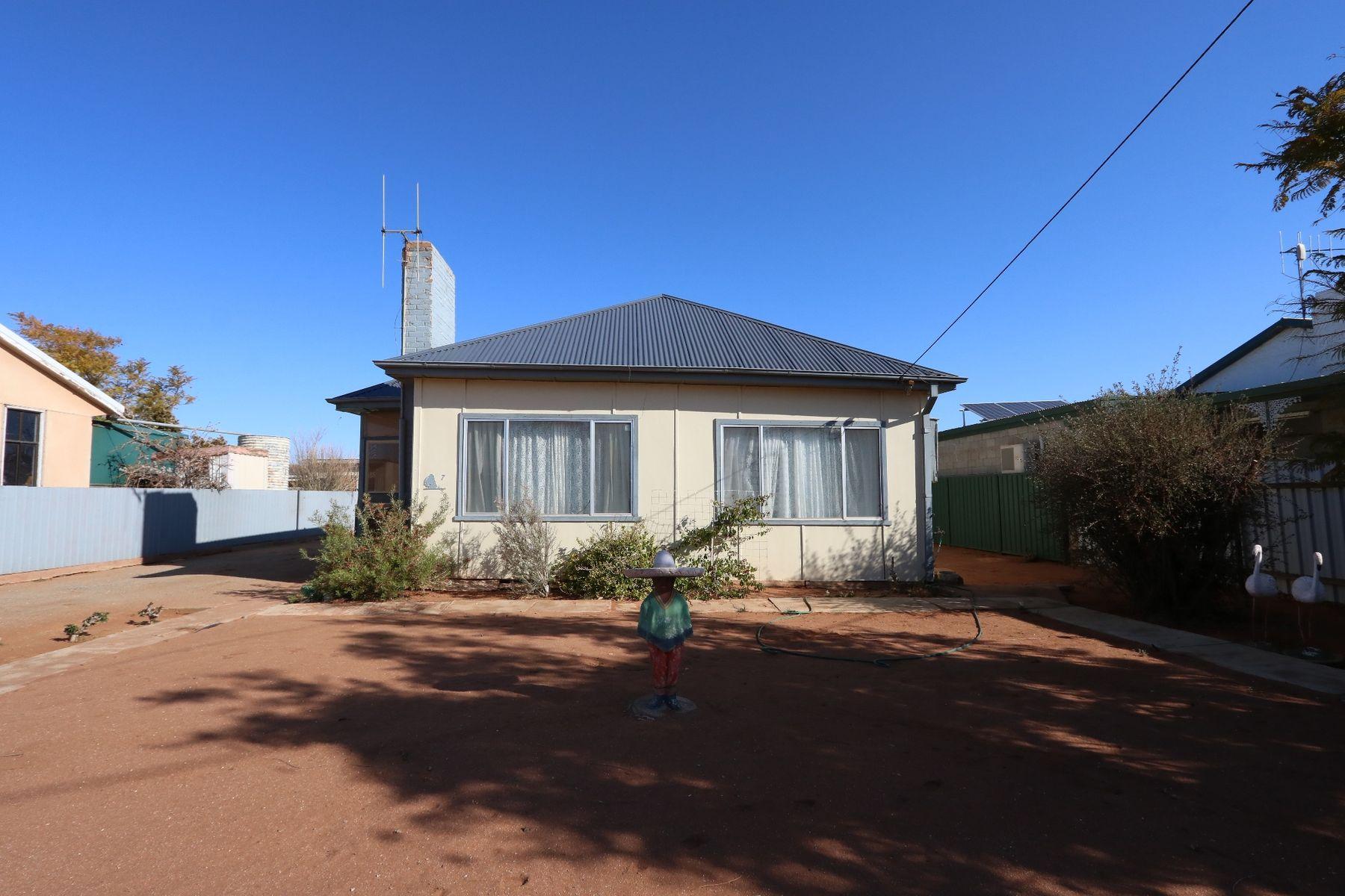 7 Casuarina Avenue, Broken Hill, NSW 2880