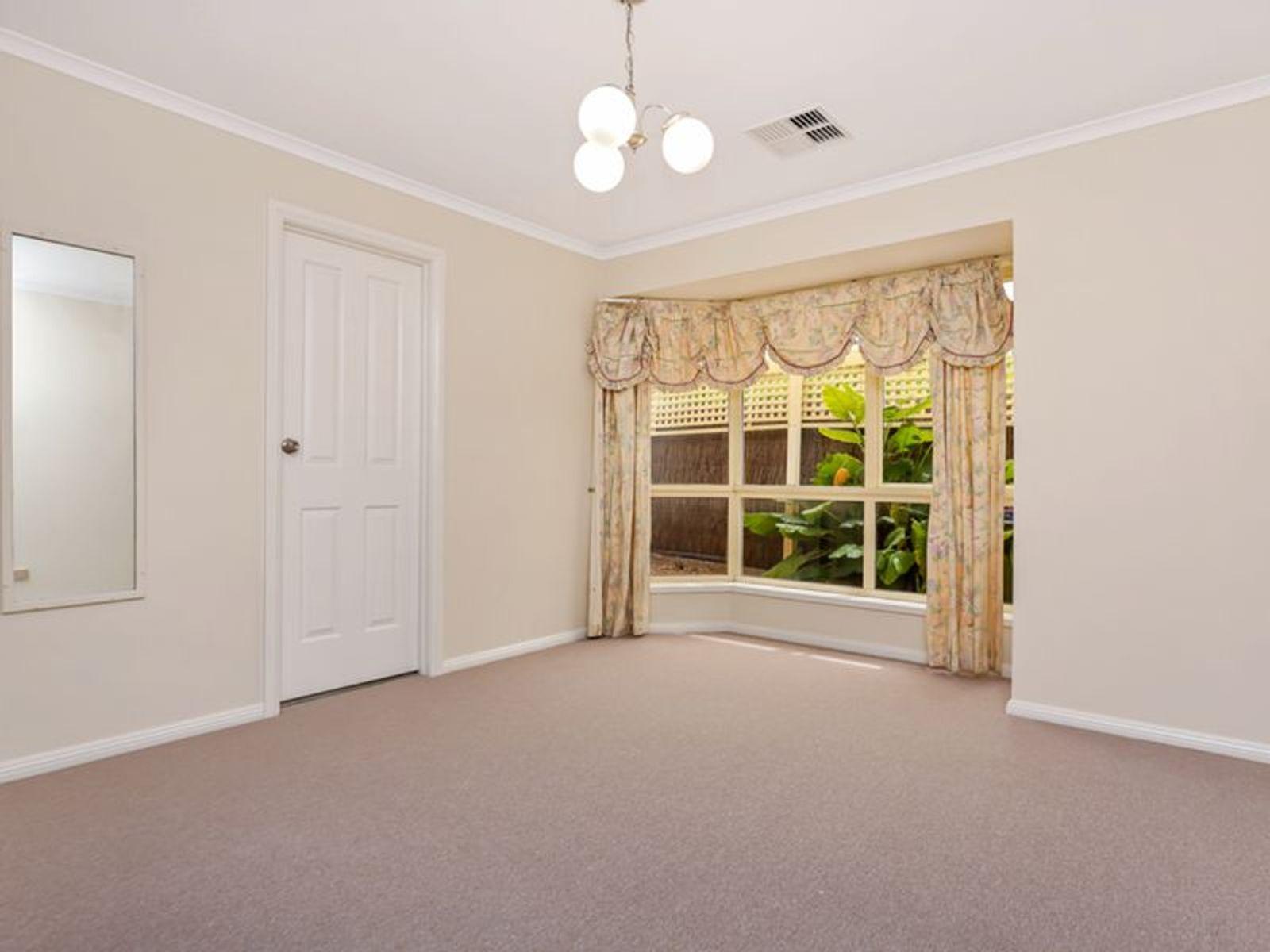 36 Crestview Place, Wynn Vale, SA 5127