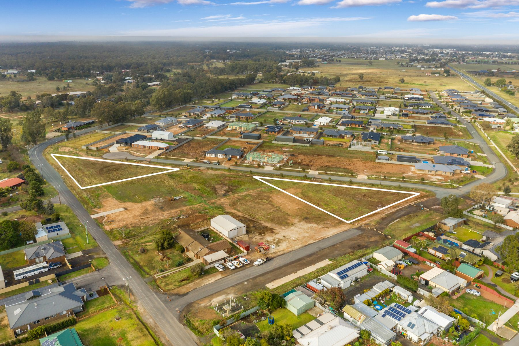 CA203 Wooleen Court, Huntly, VIC 3551